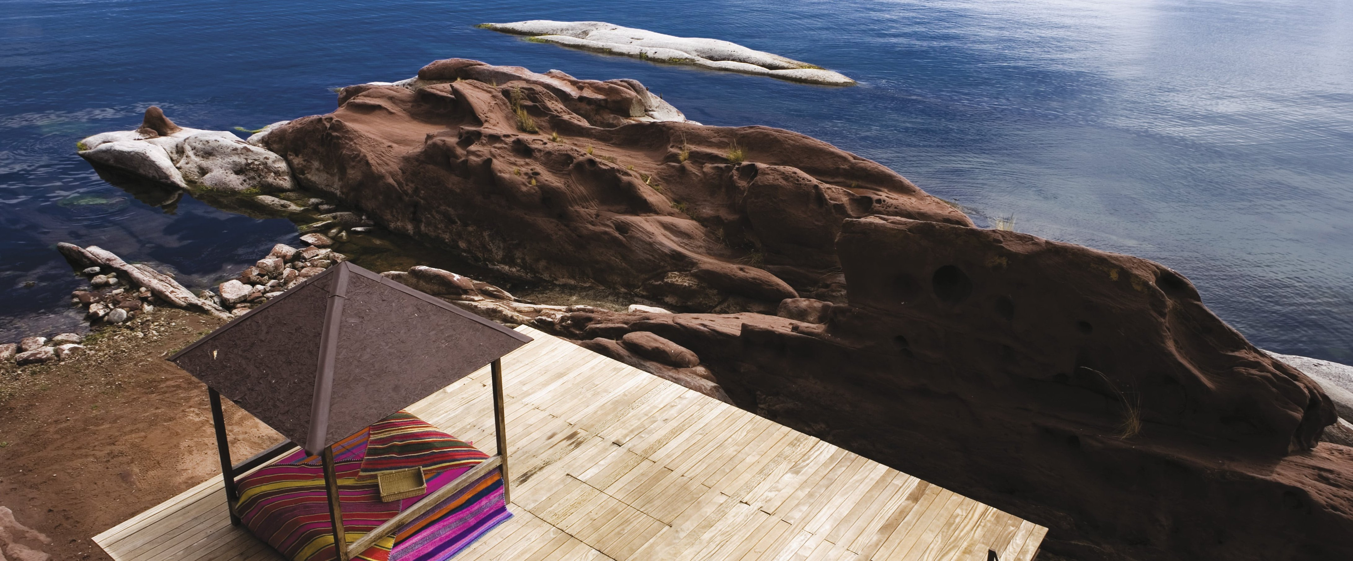 sun-terrace-lake-titicaca