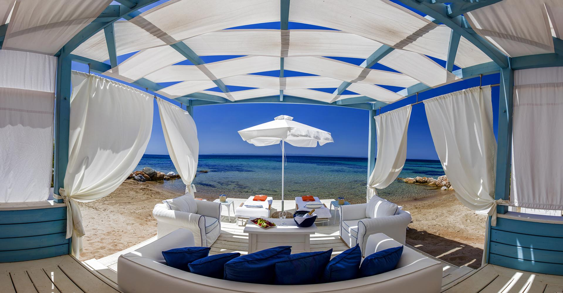 danai-beach-private-cabana