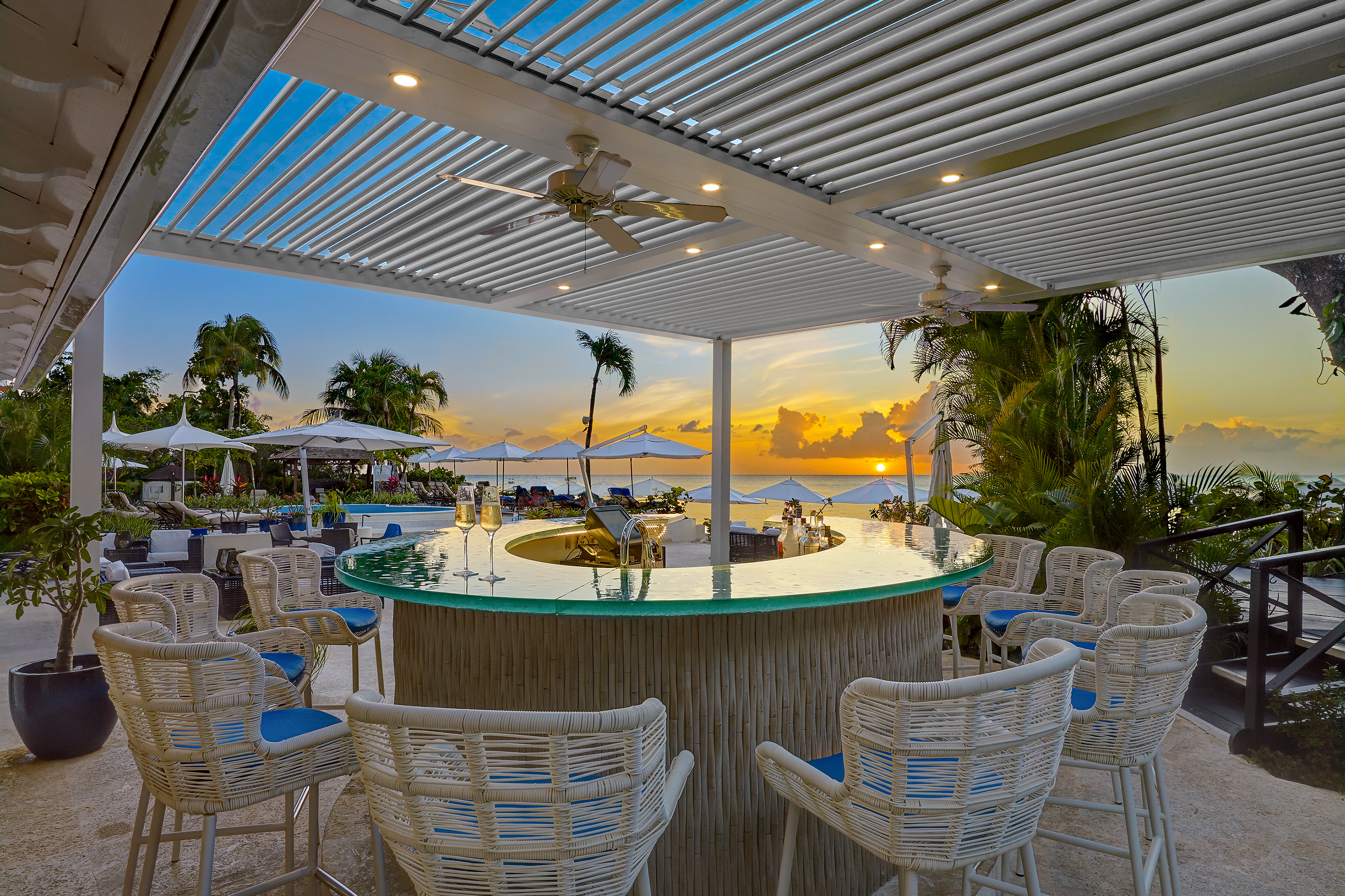 the-house-barbados-poolside-bar