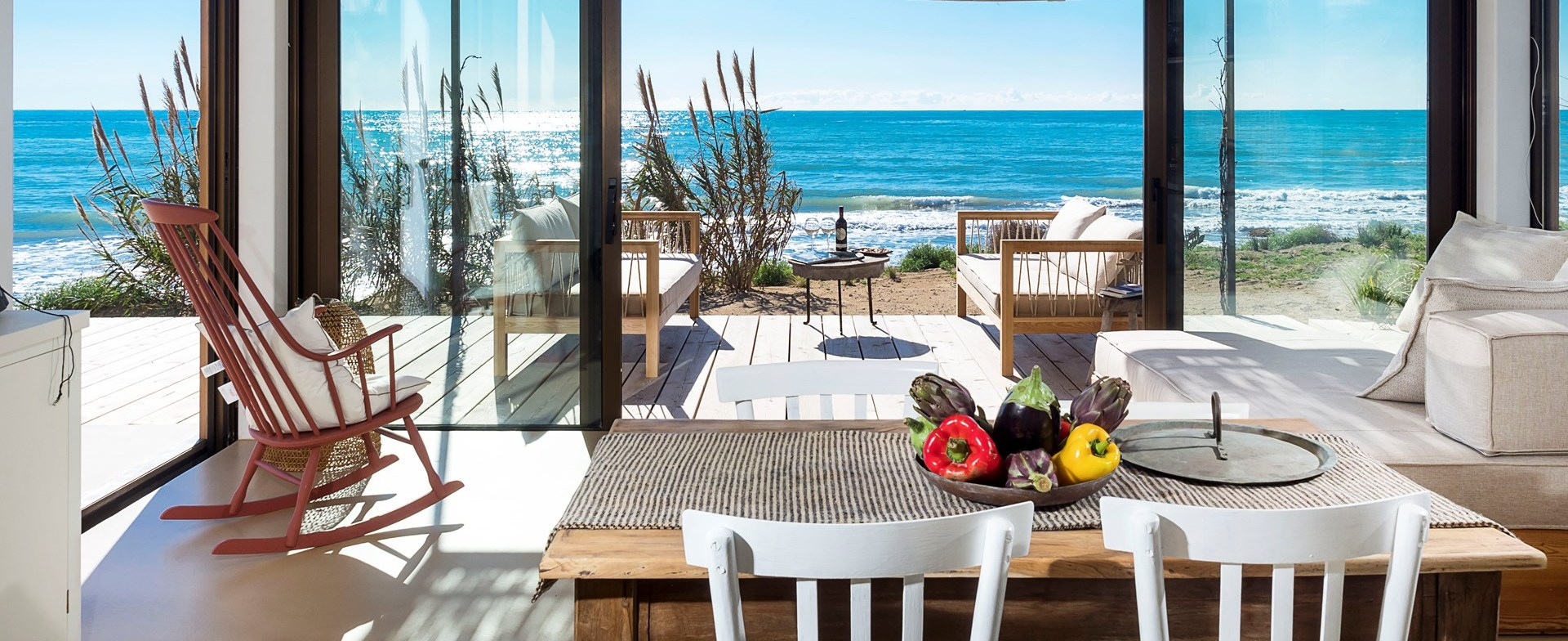 sea-view-dining-sicily