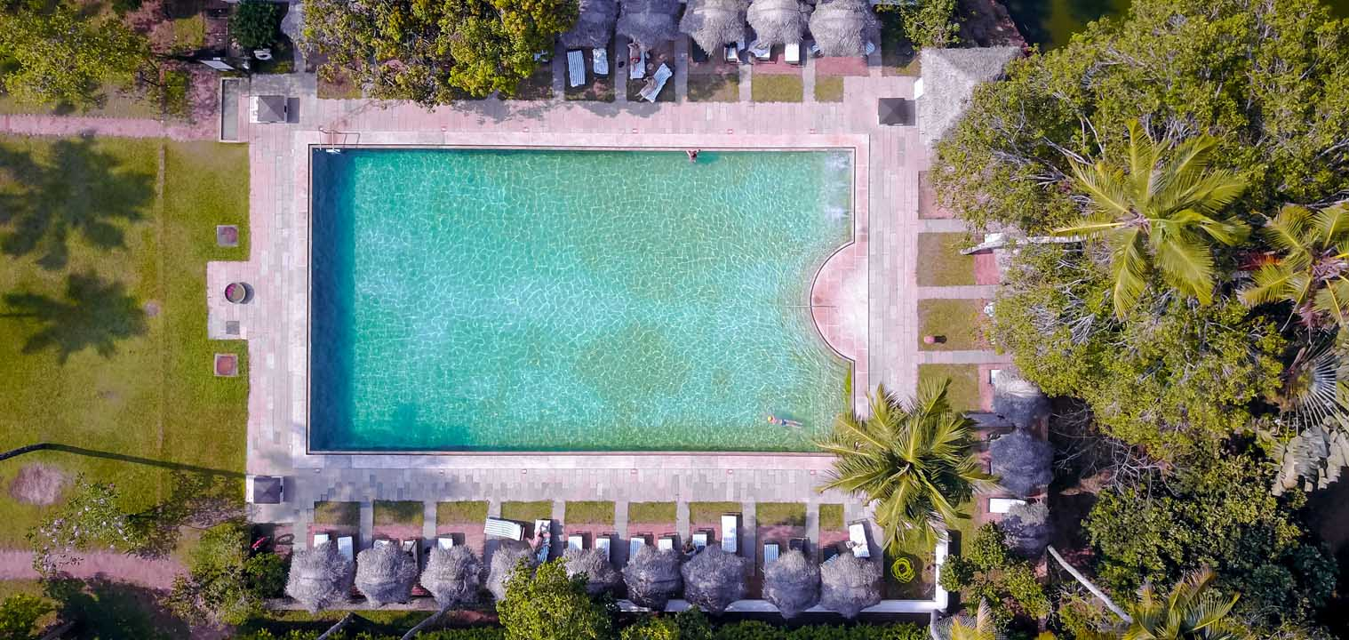 marari-beach-resort-pool-aerial