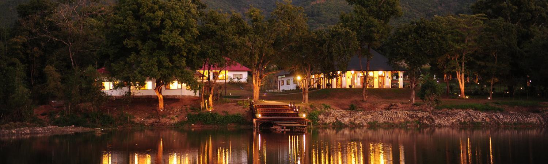 night-view-villa-inle-resort