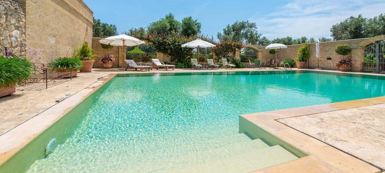 masseria-torre-pinta-swimming-pool