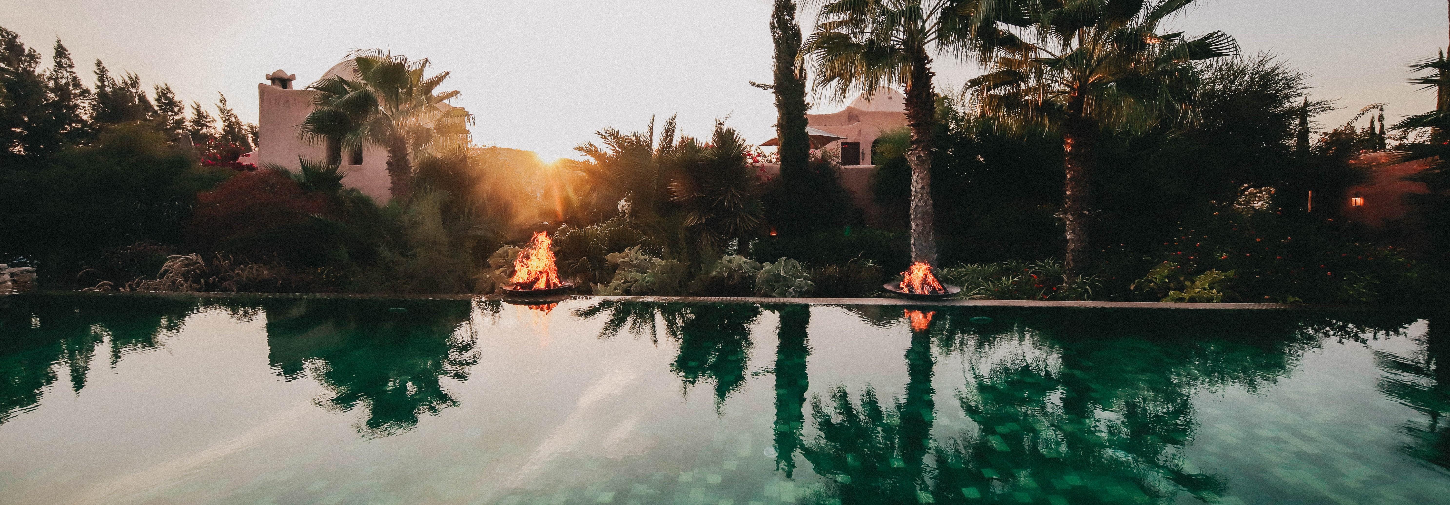 le-jardin-des-douars-pool-fire