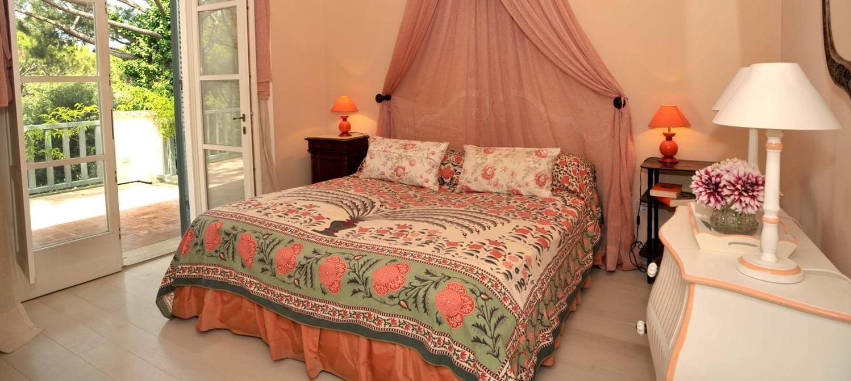 beach-house-tuscany-double-bedroom-3