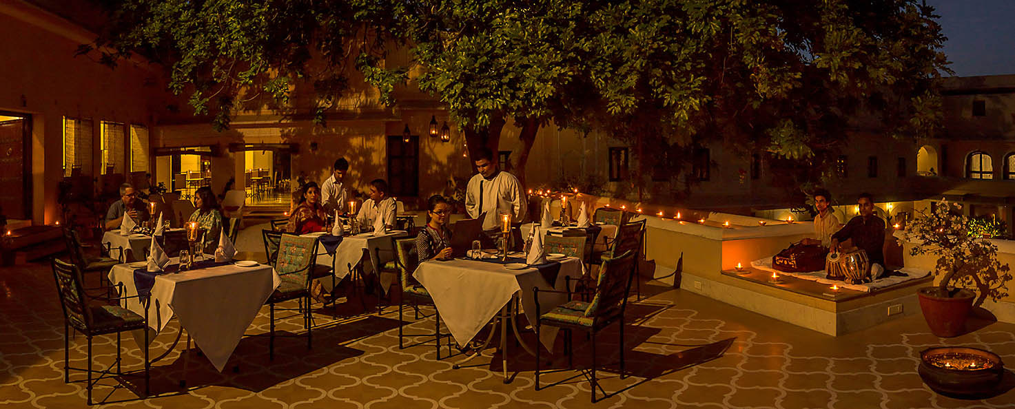 dinner-royal-heritage-haveli-jaipur
