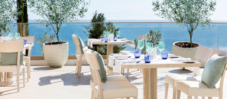 ikos-oceania-fresco-restaurant