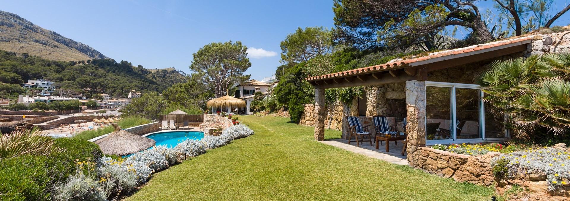 5-bedroom-family-villa-mallorca