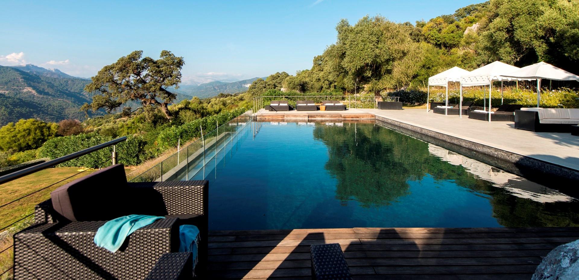 luxury-6-bed-pool-villa-gaucin
