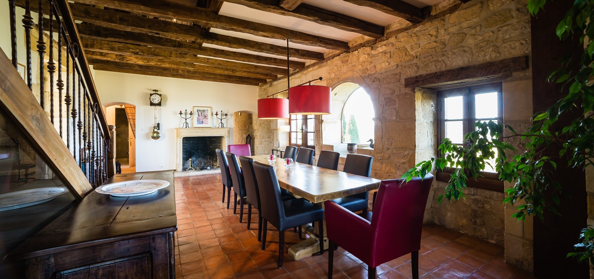 villa-le-village-dining-room-1