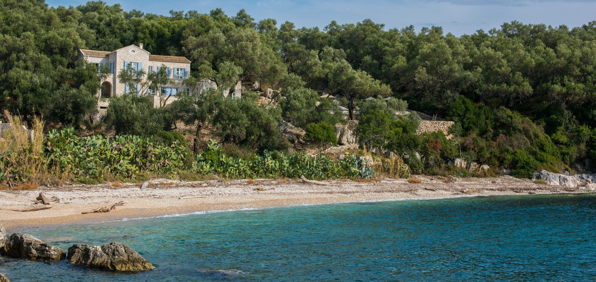 pebble-bay-villa-from-sea