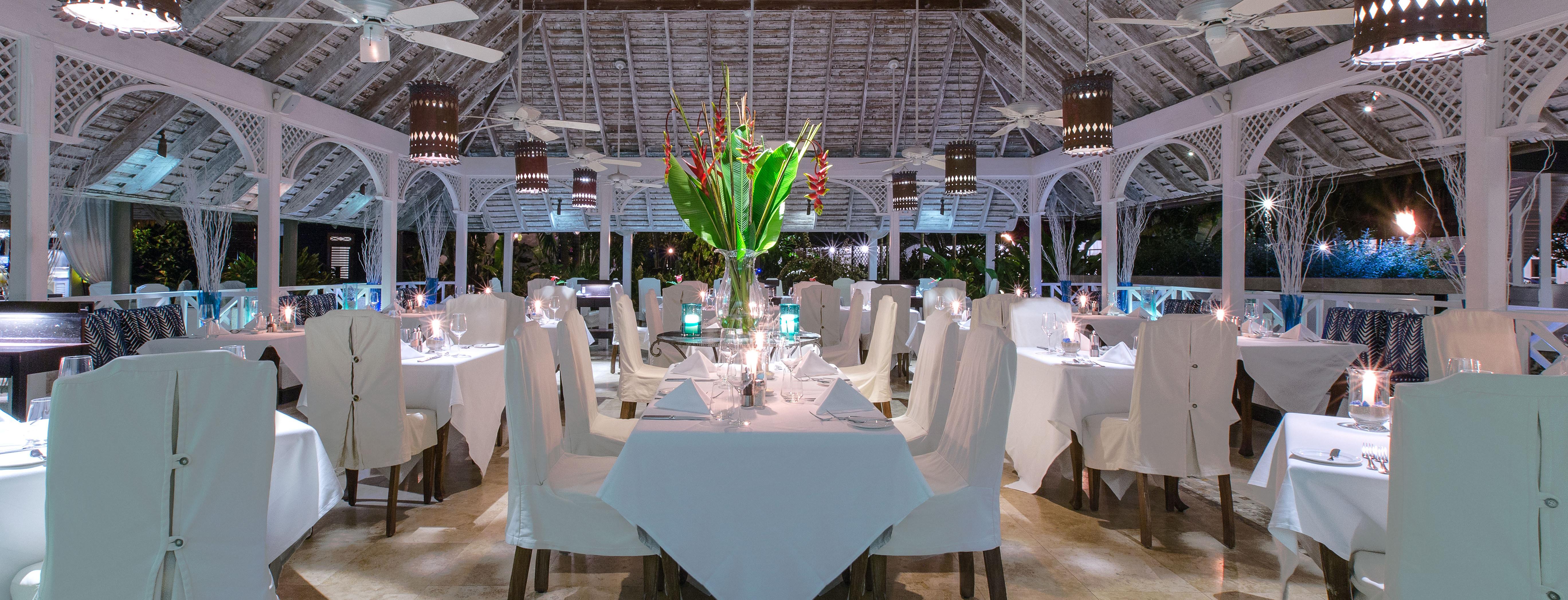 the-sandpiper-restaurant-interior