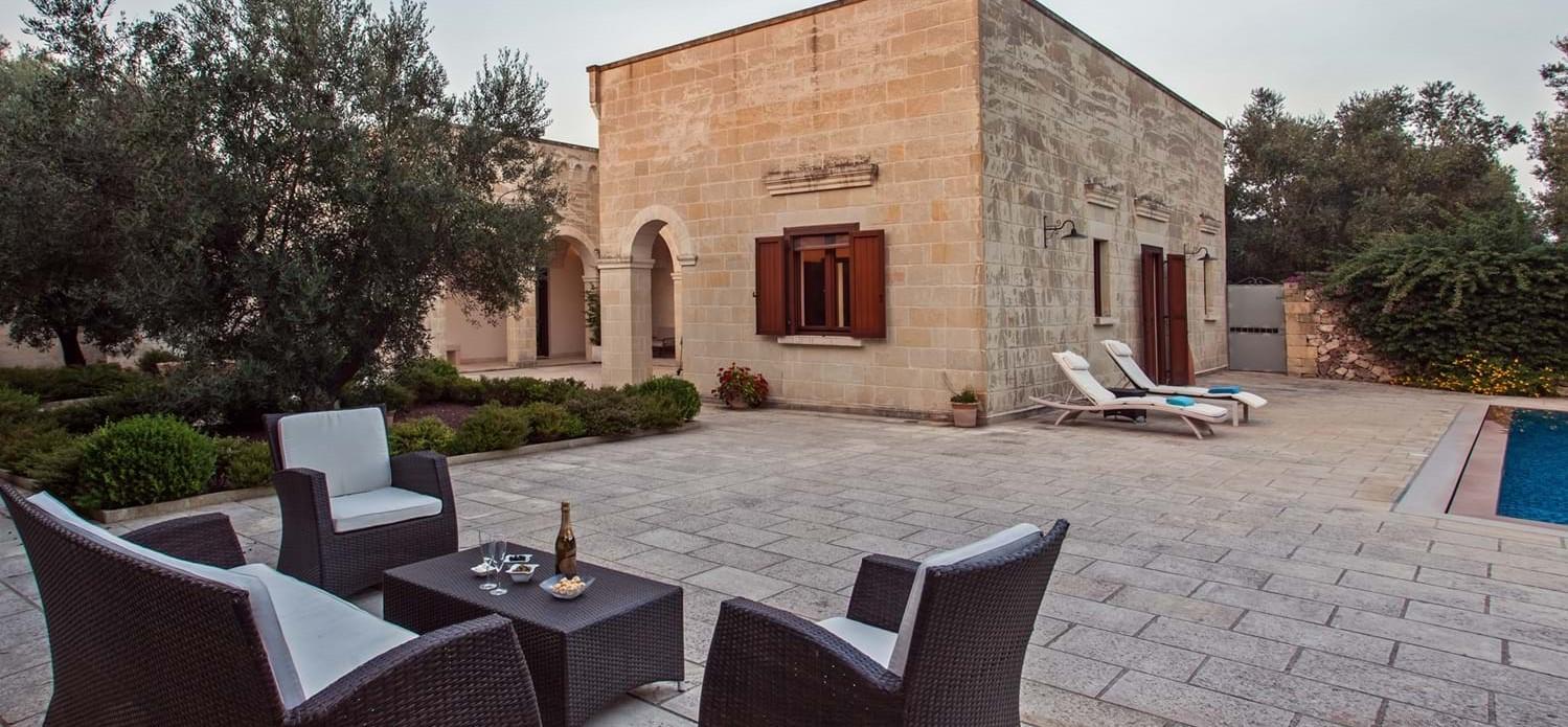 luxury-4-bedroom-family-villa-puglia