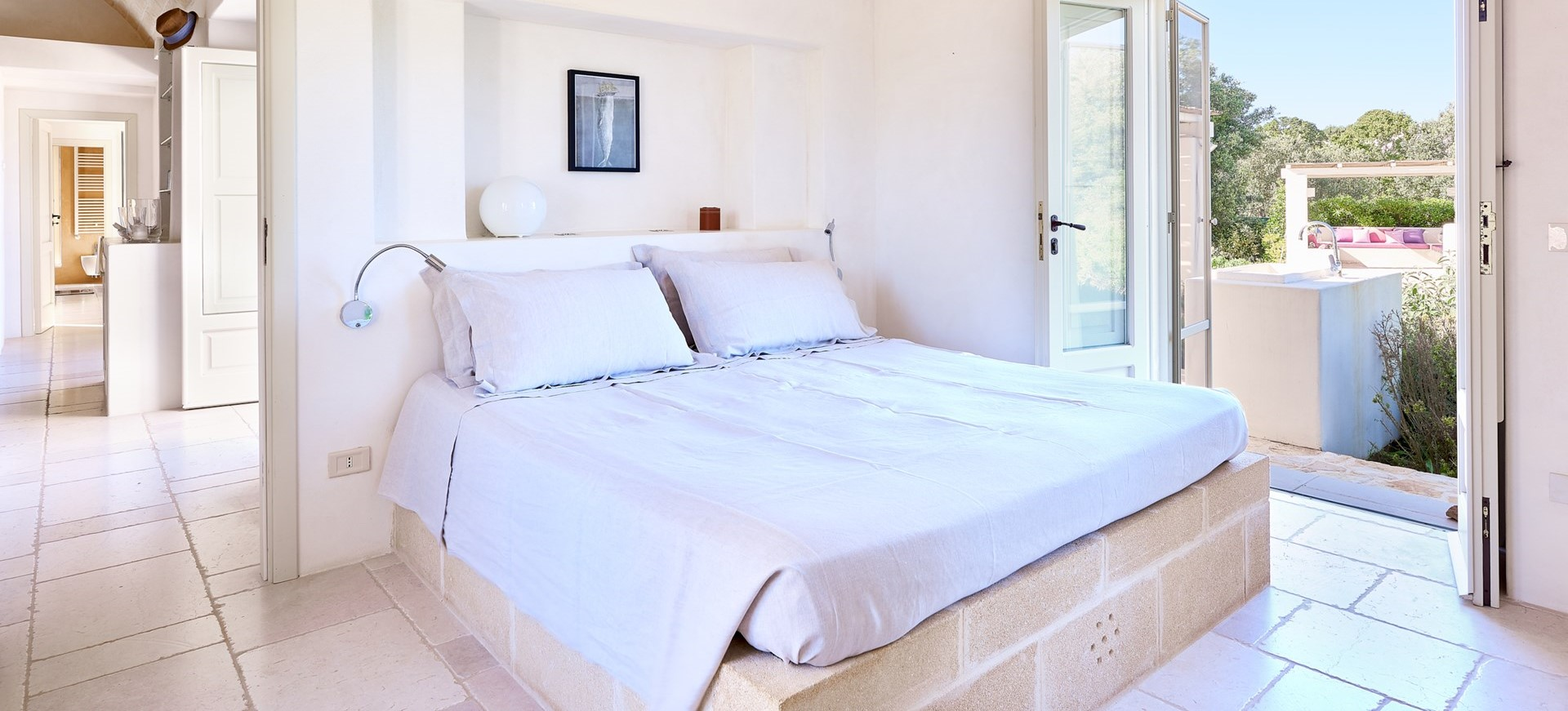 villa-verbena-puglia-double-bedroom-2