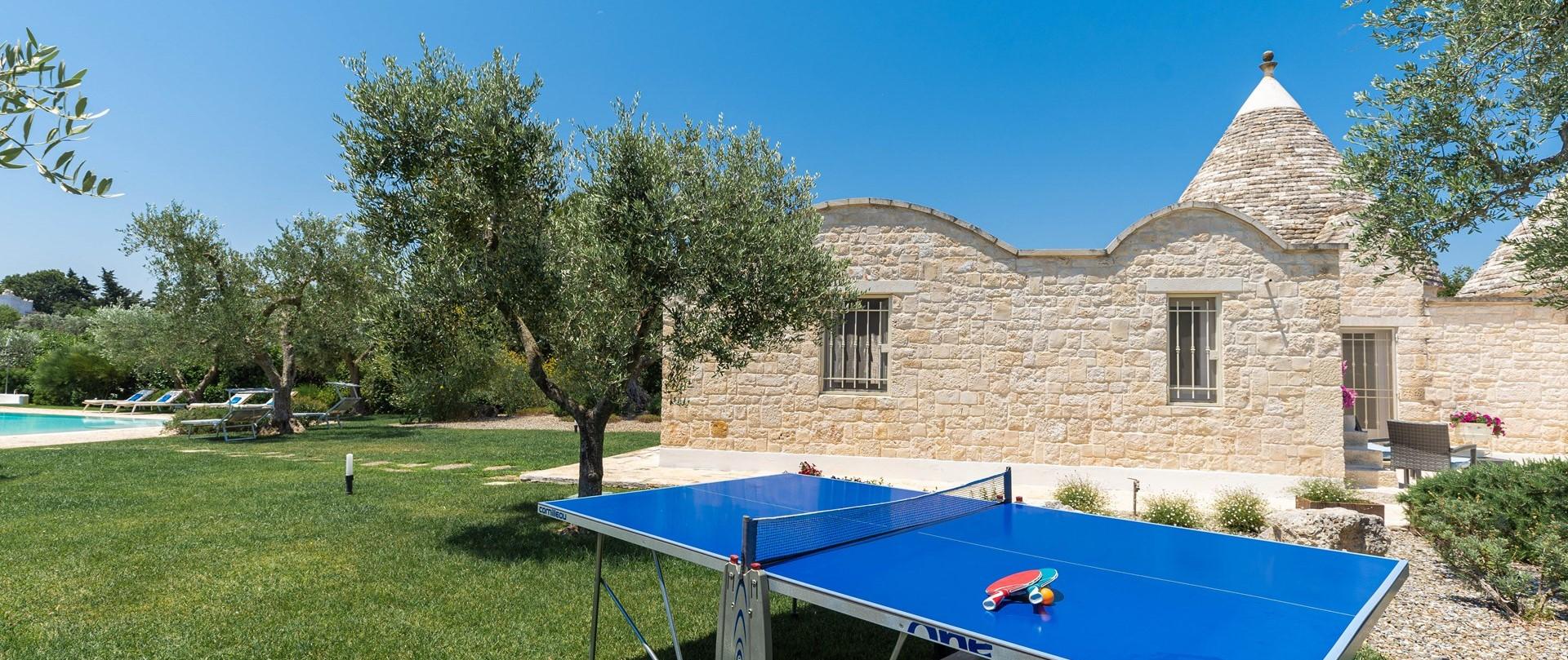 villa-giu-al-trullo-table-tennis