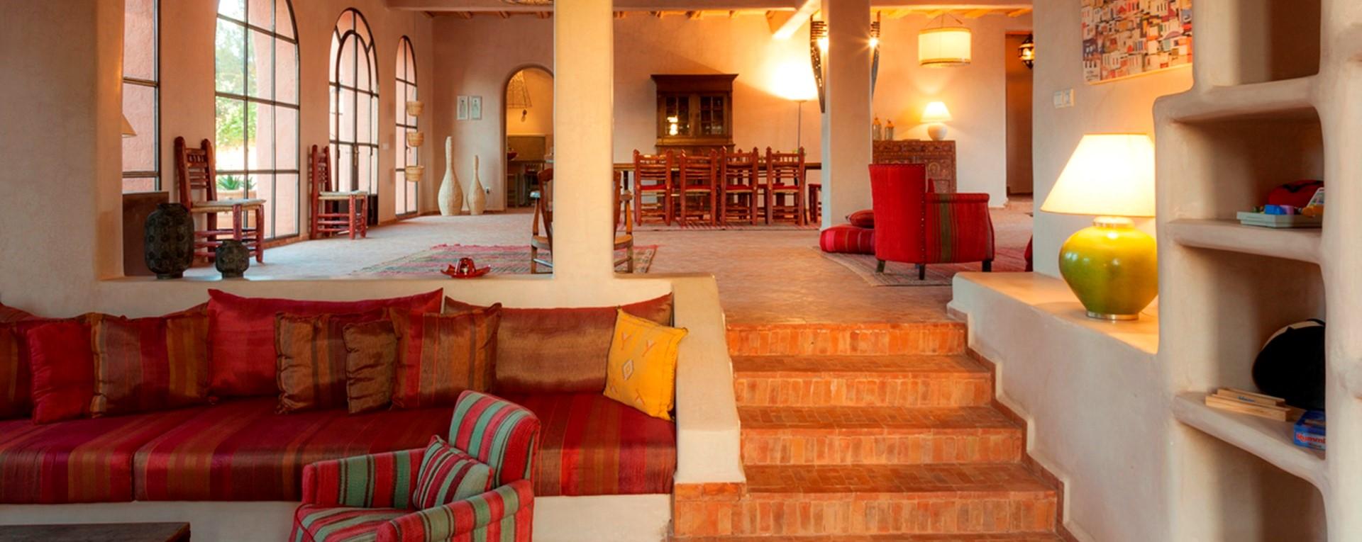 villa-basmah-open-plan-living-space