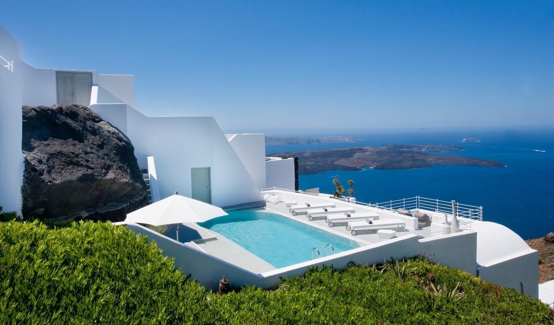 private-2-bed-luxury-villa-santorini
