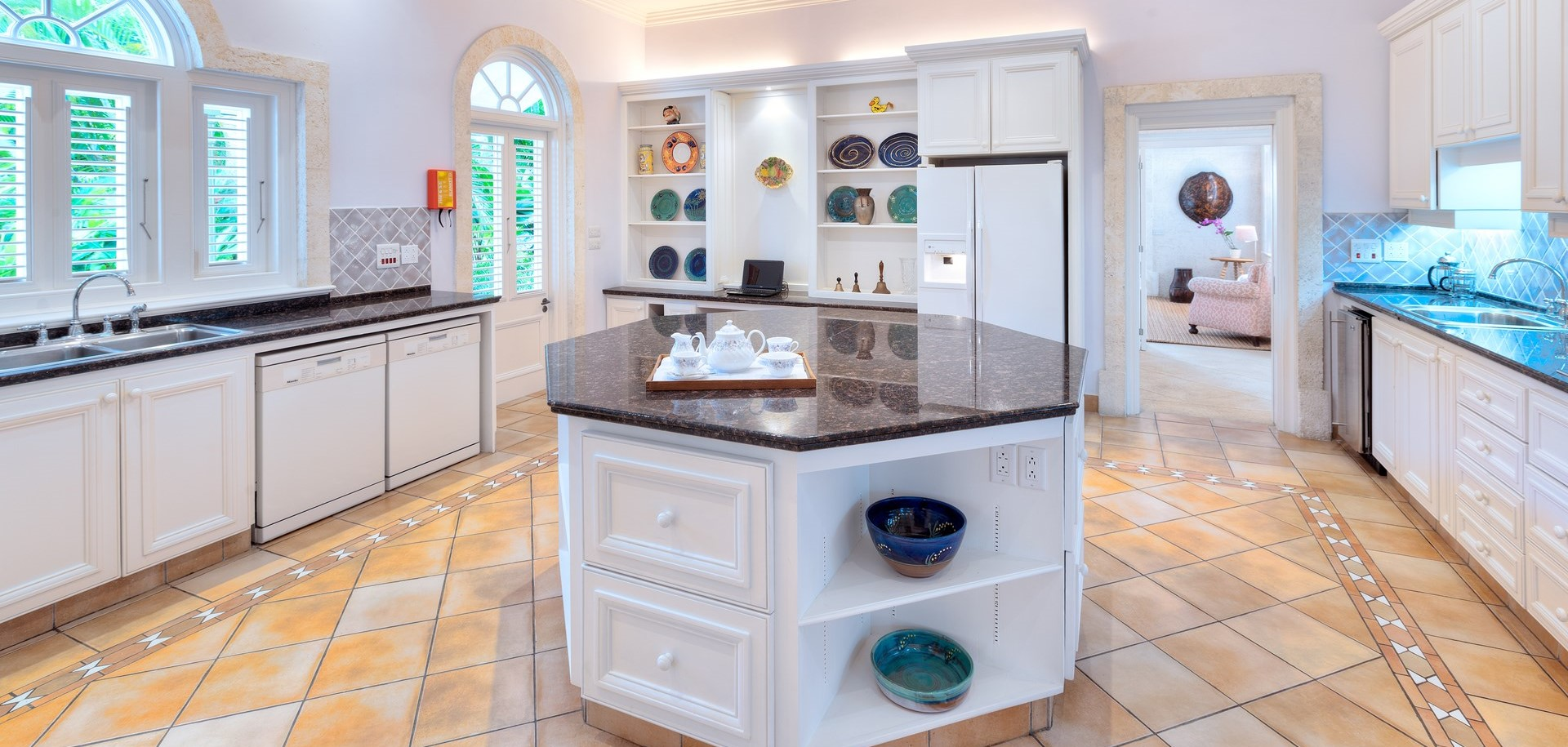 villa-gardenia-barbados-kitchen