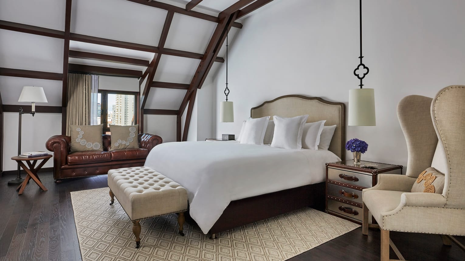 four-seasons-casa-medina-deluxe-room