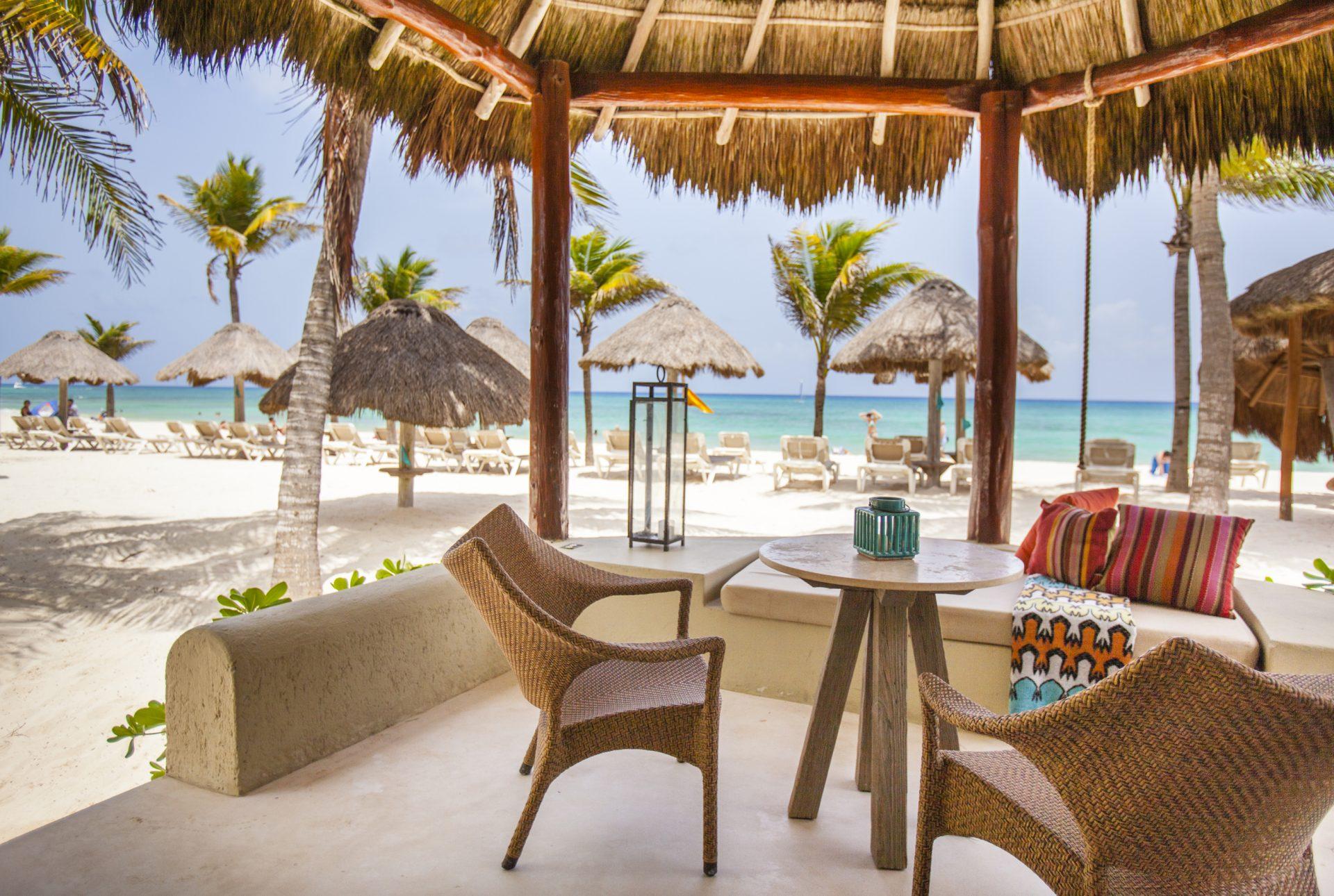 Ocean-Front-terrace-mahekal