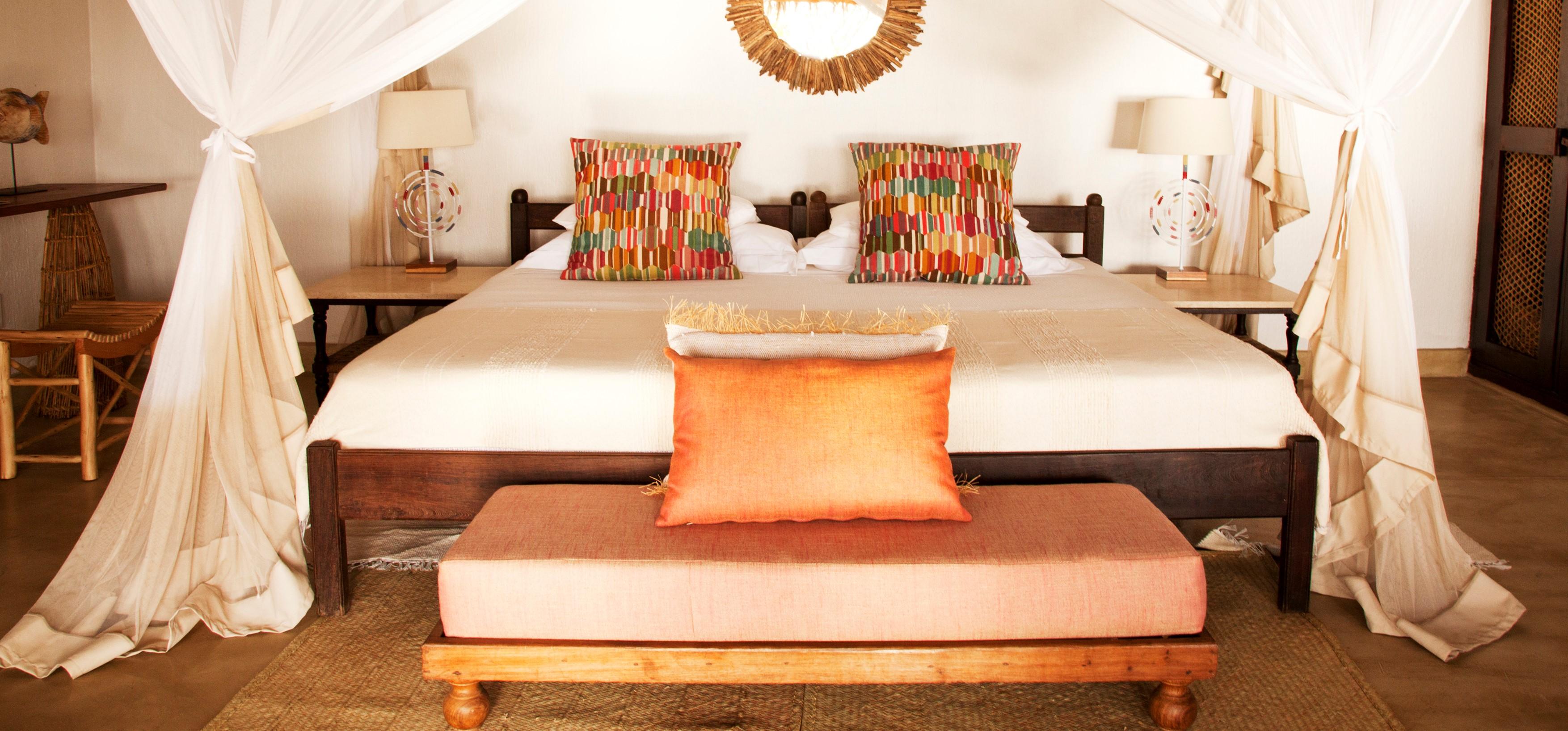 azura_quilalea_kusi_villa_bedroom