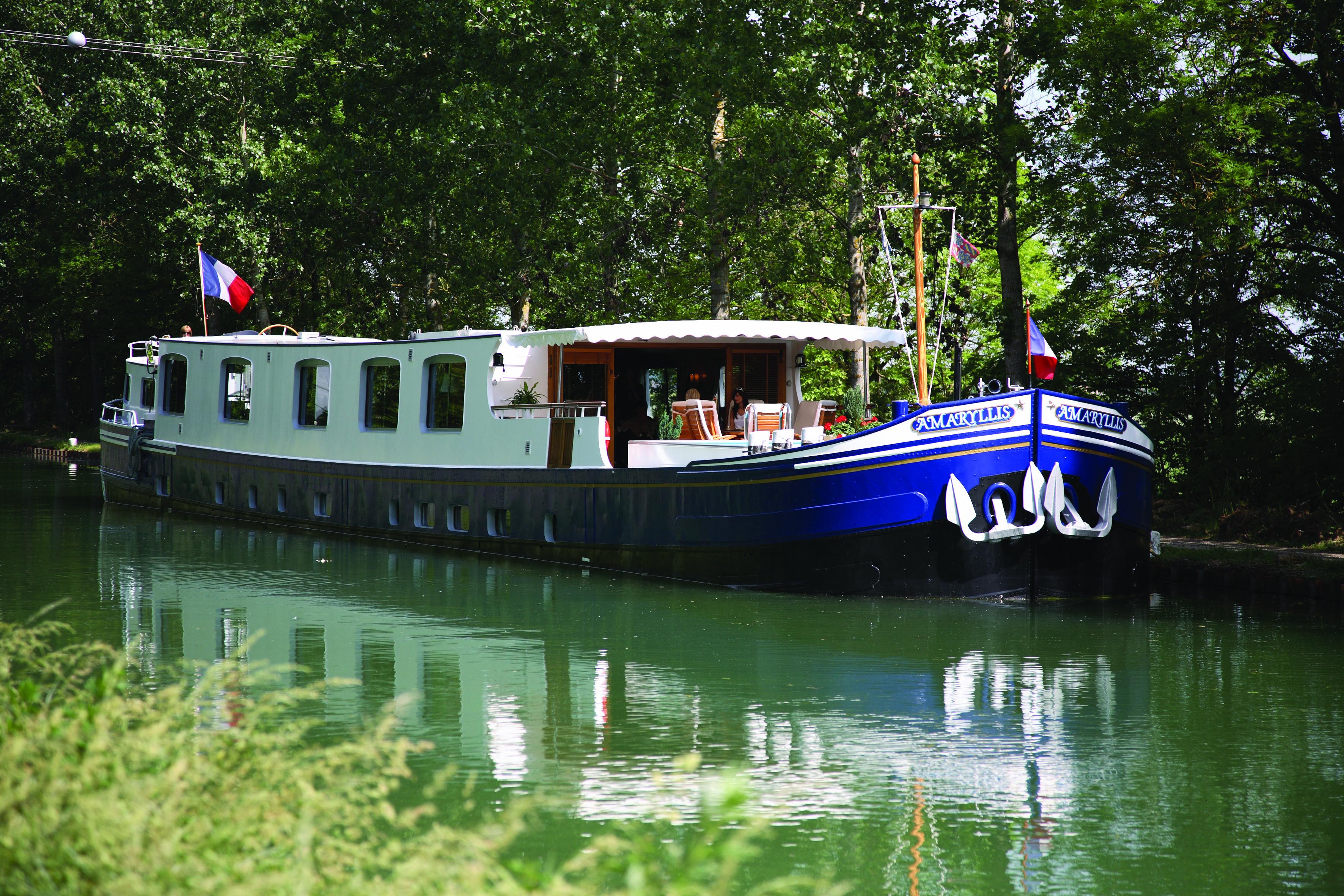 belmond-amaryllis-luxury-barge