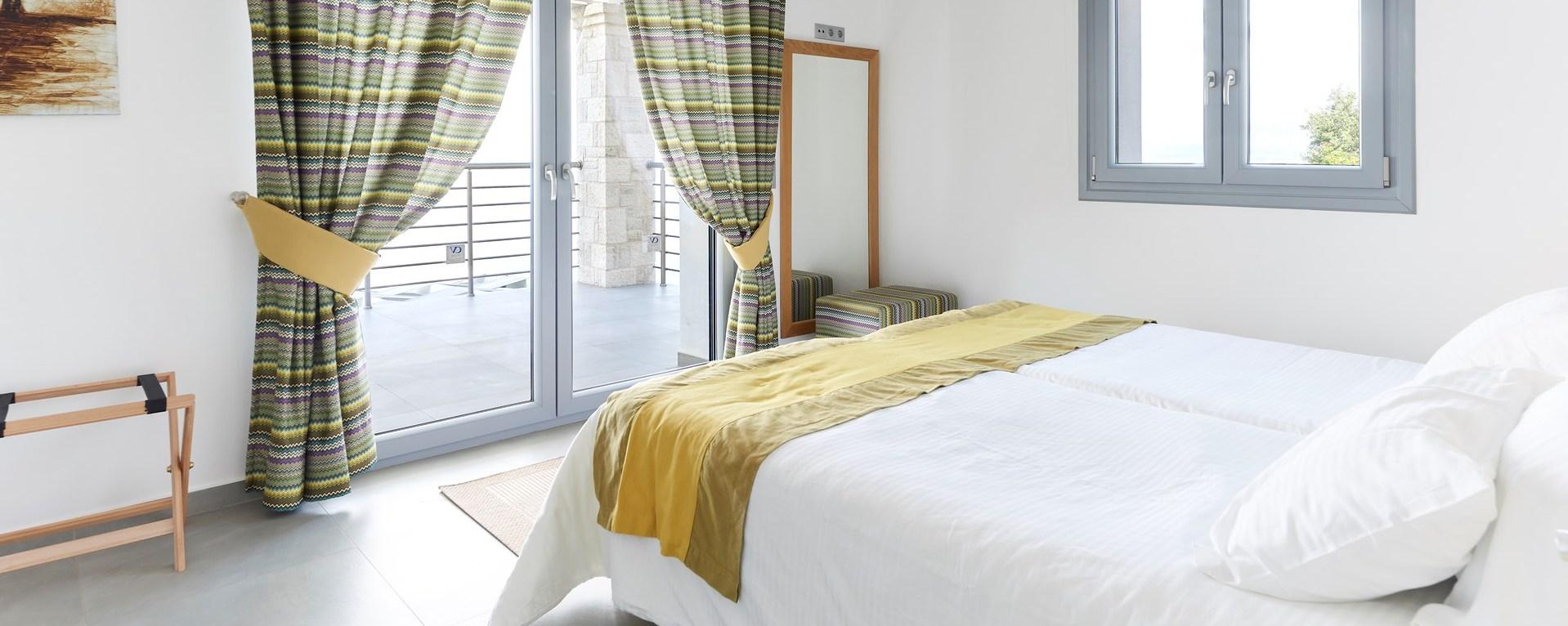 3-bedroom-seaview-family-villa-corfu