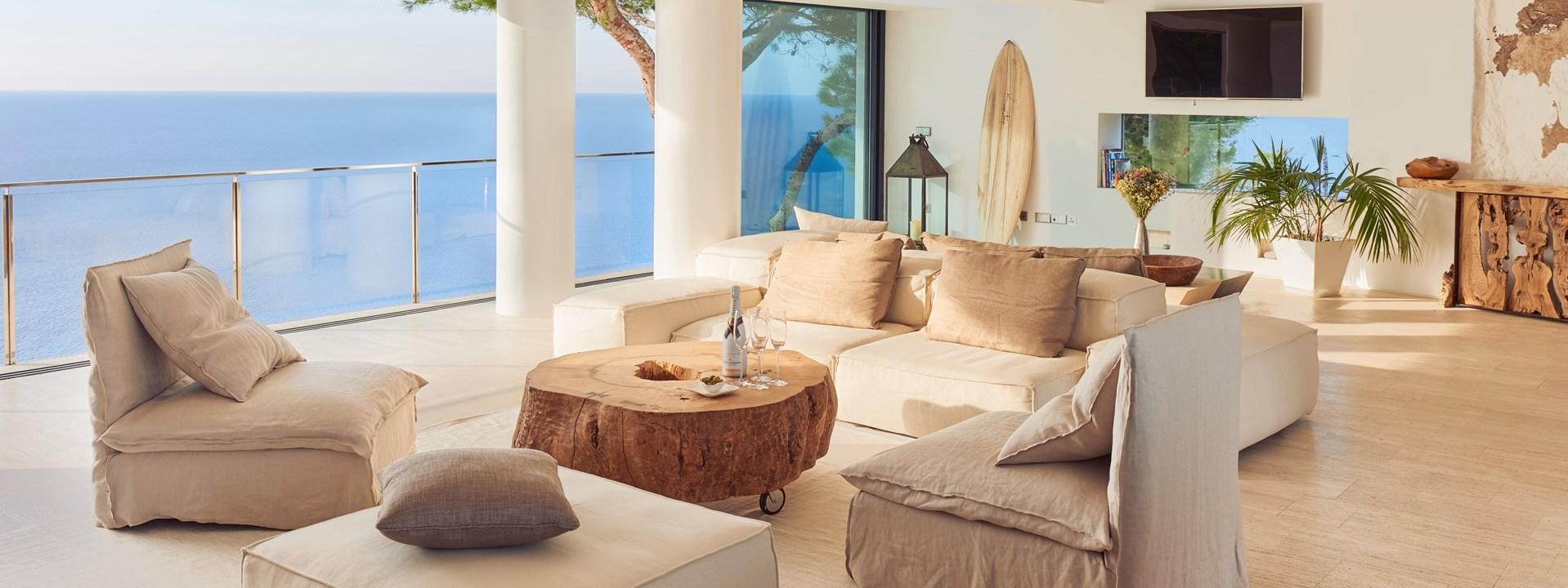 villa-can-castello-ibiza-lounge