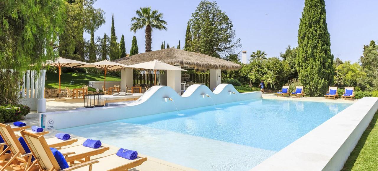 vila-monte-farm-house-main-pool