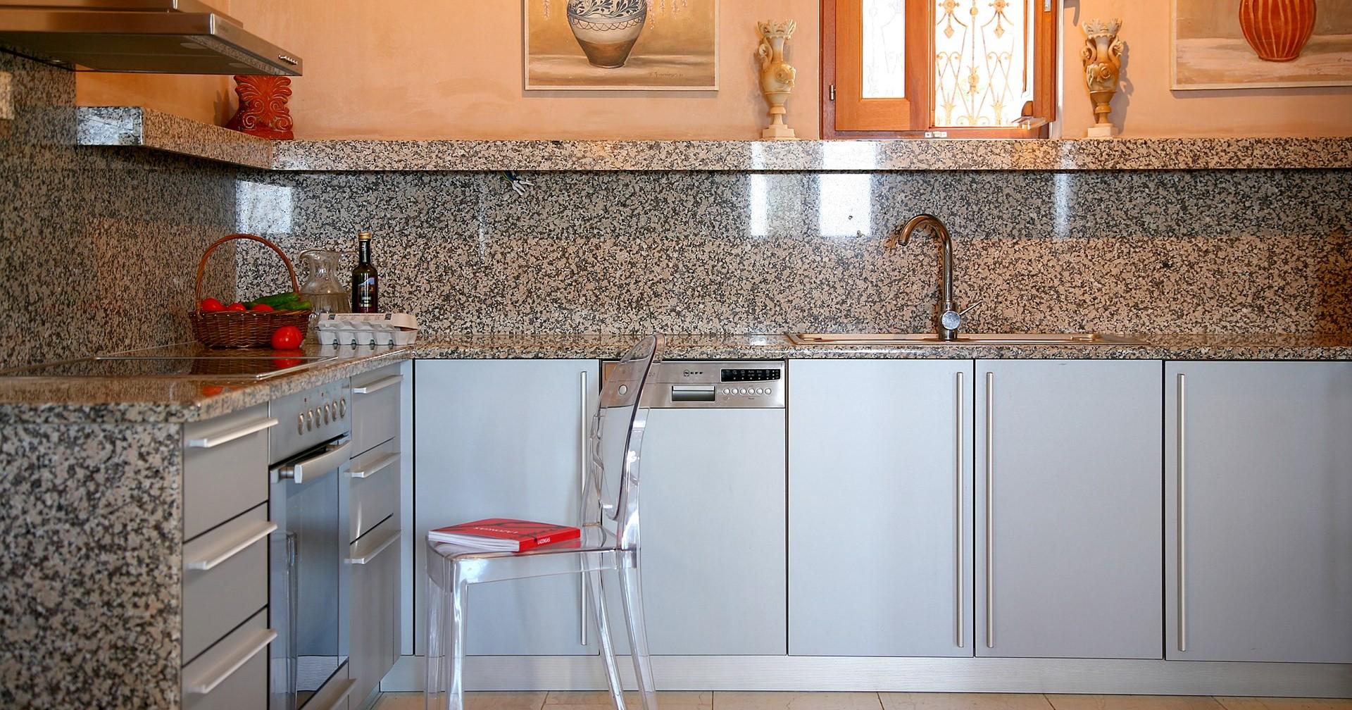 atokos-house-lefkada-kitchen