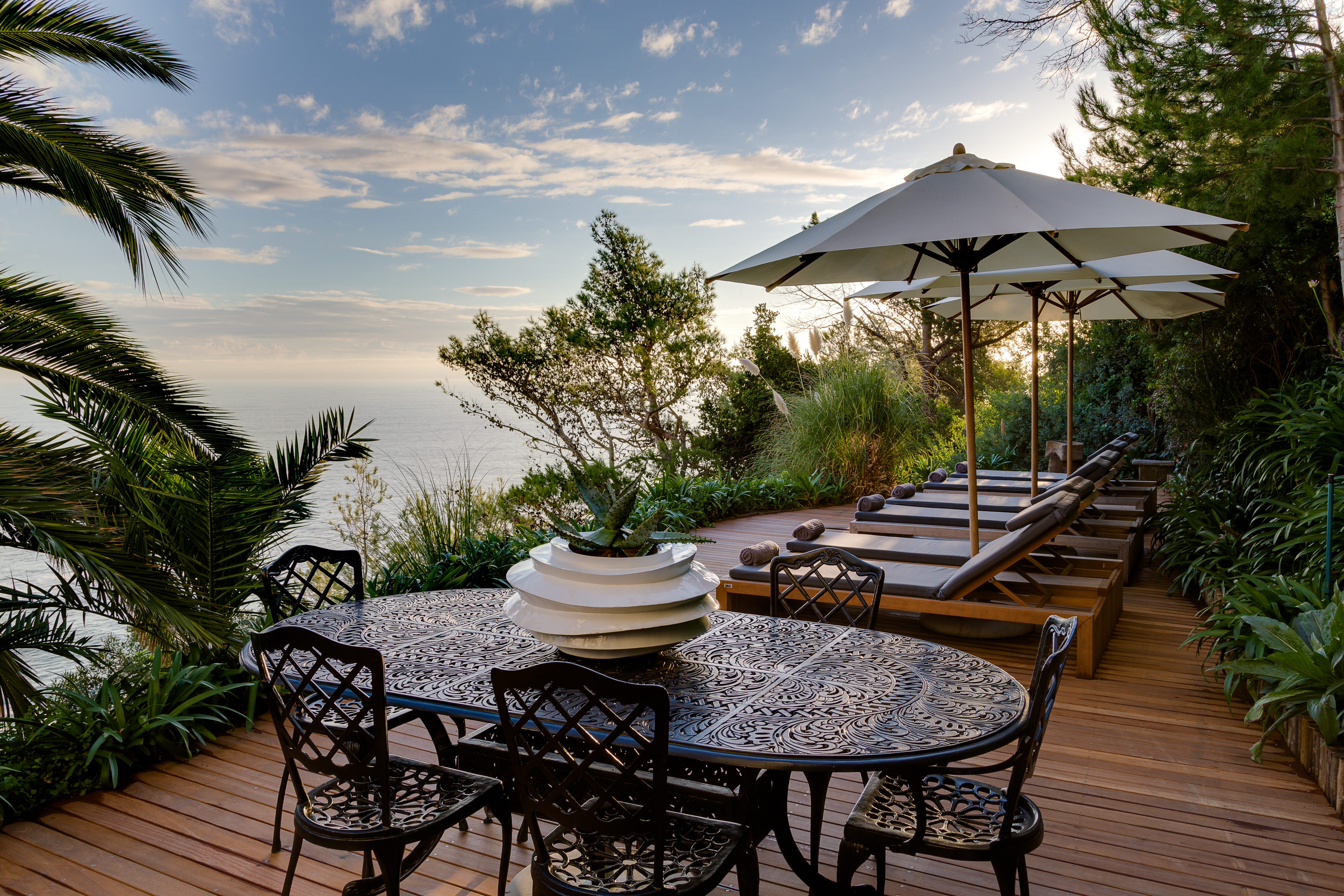 cape-view-clifton-garden-sun-deck