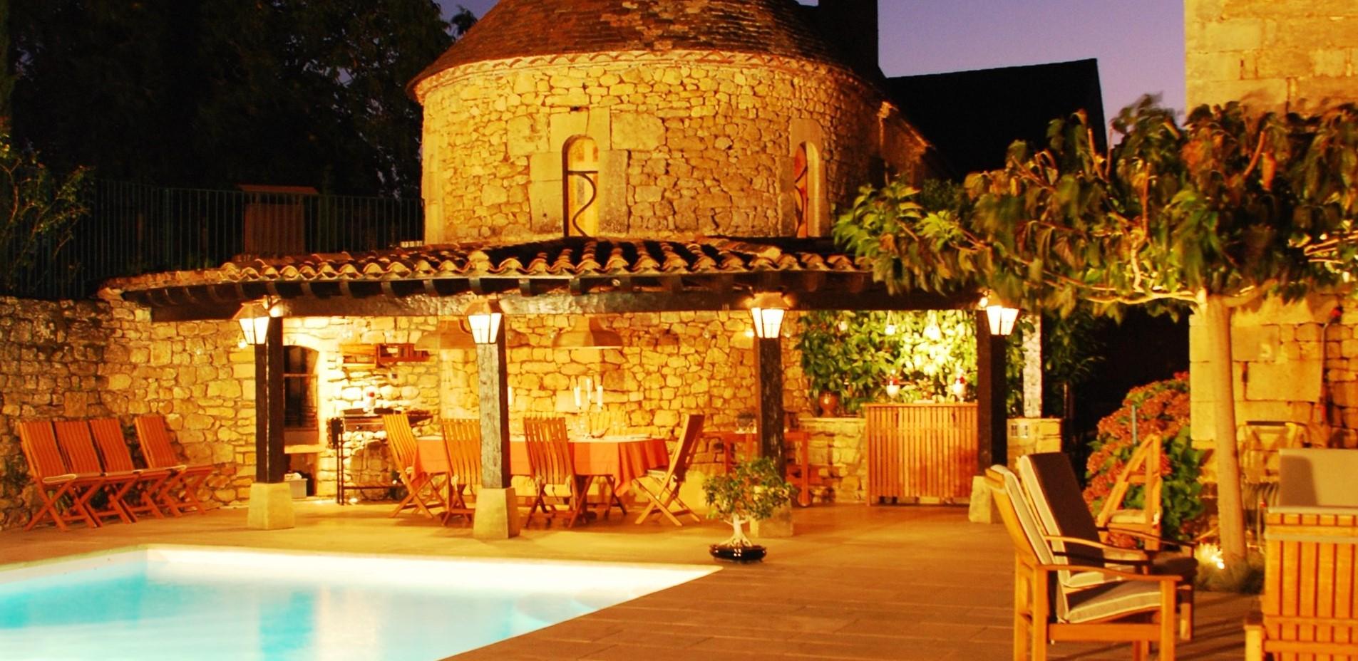 luxury-11-bedroom-villa-dordogne
