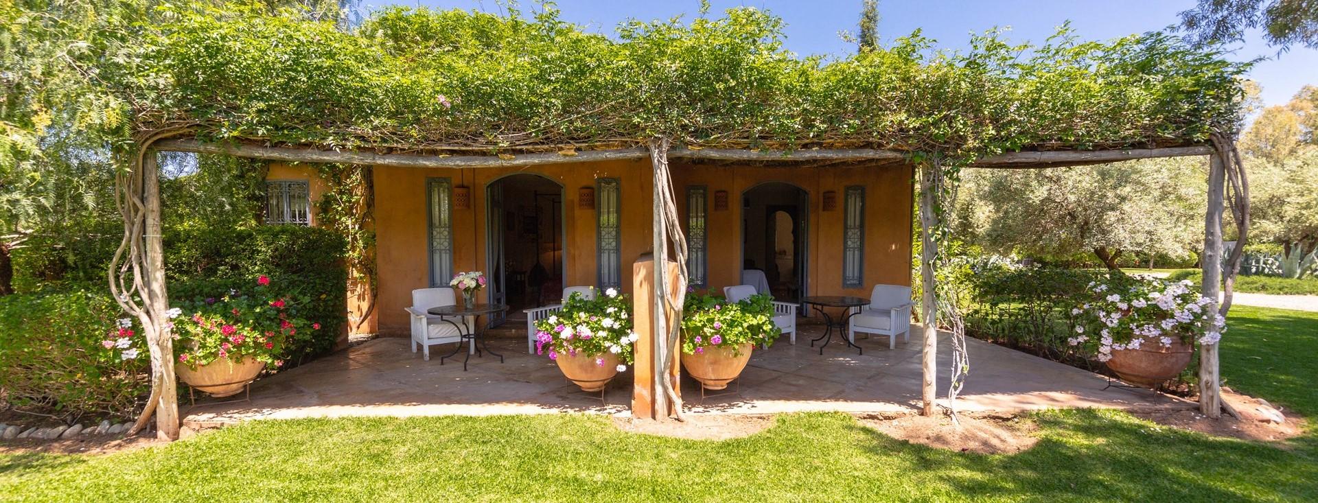 villa-dar-tourtite-bedroom-terrace