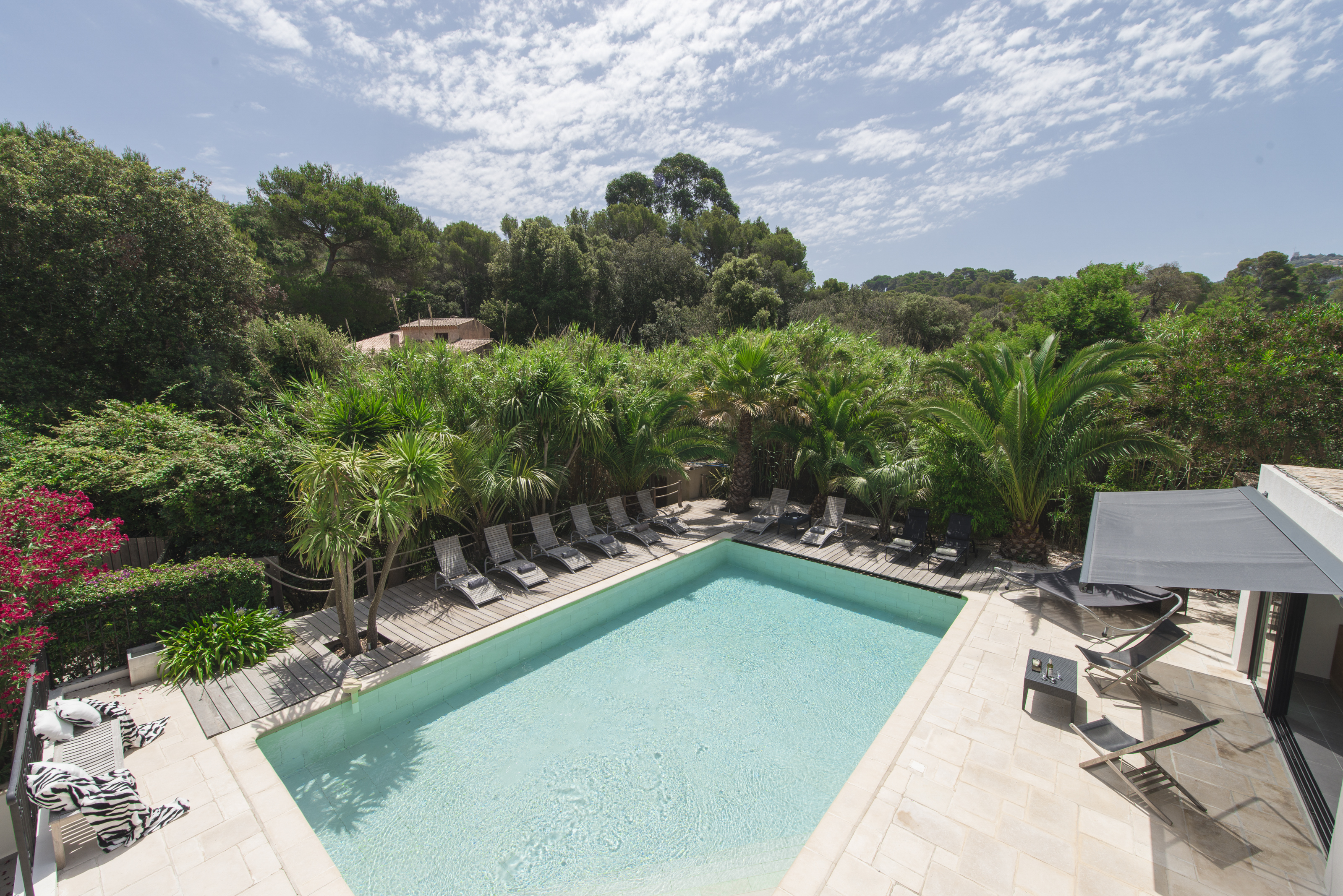 luxury-family-villa-south-of-france