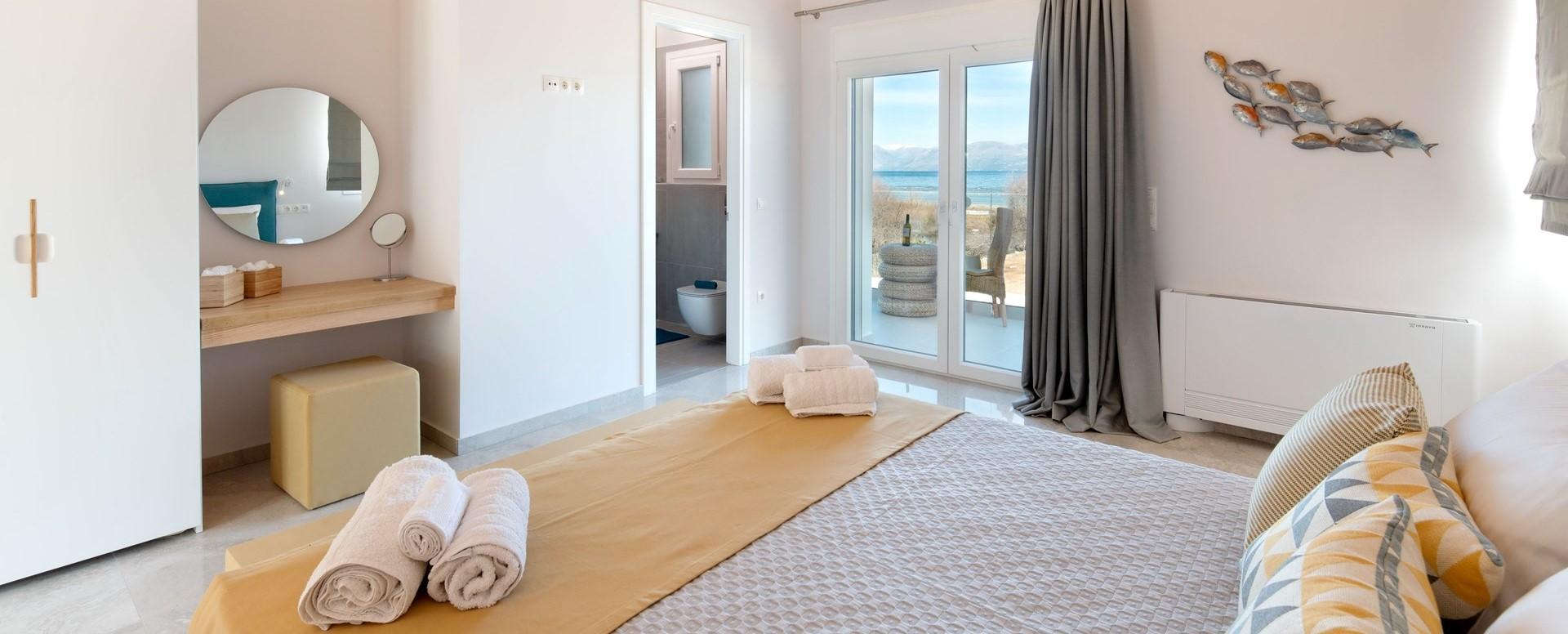 nero-beach-house-double-bedroom-3