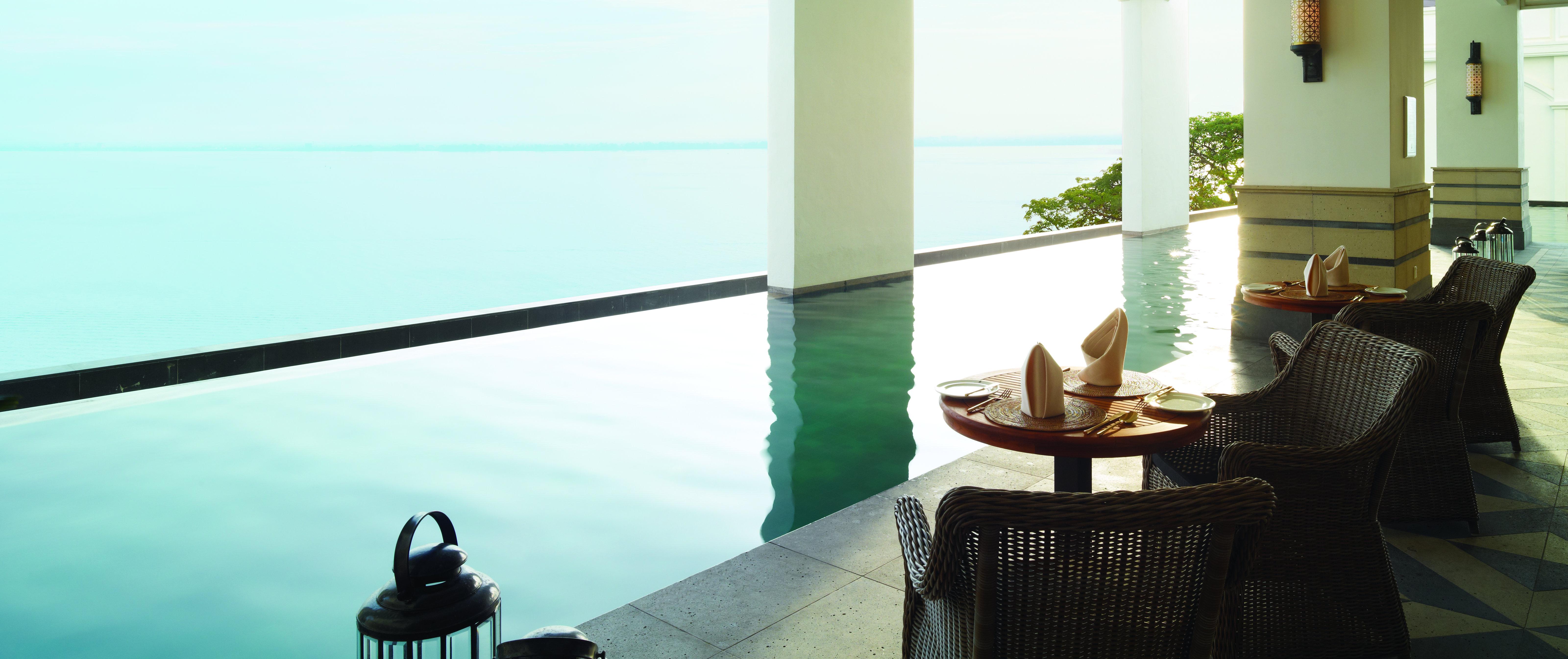 eastern-oriental-hotel-pool