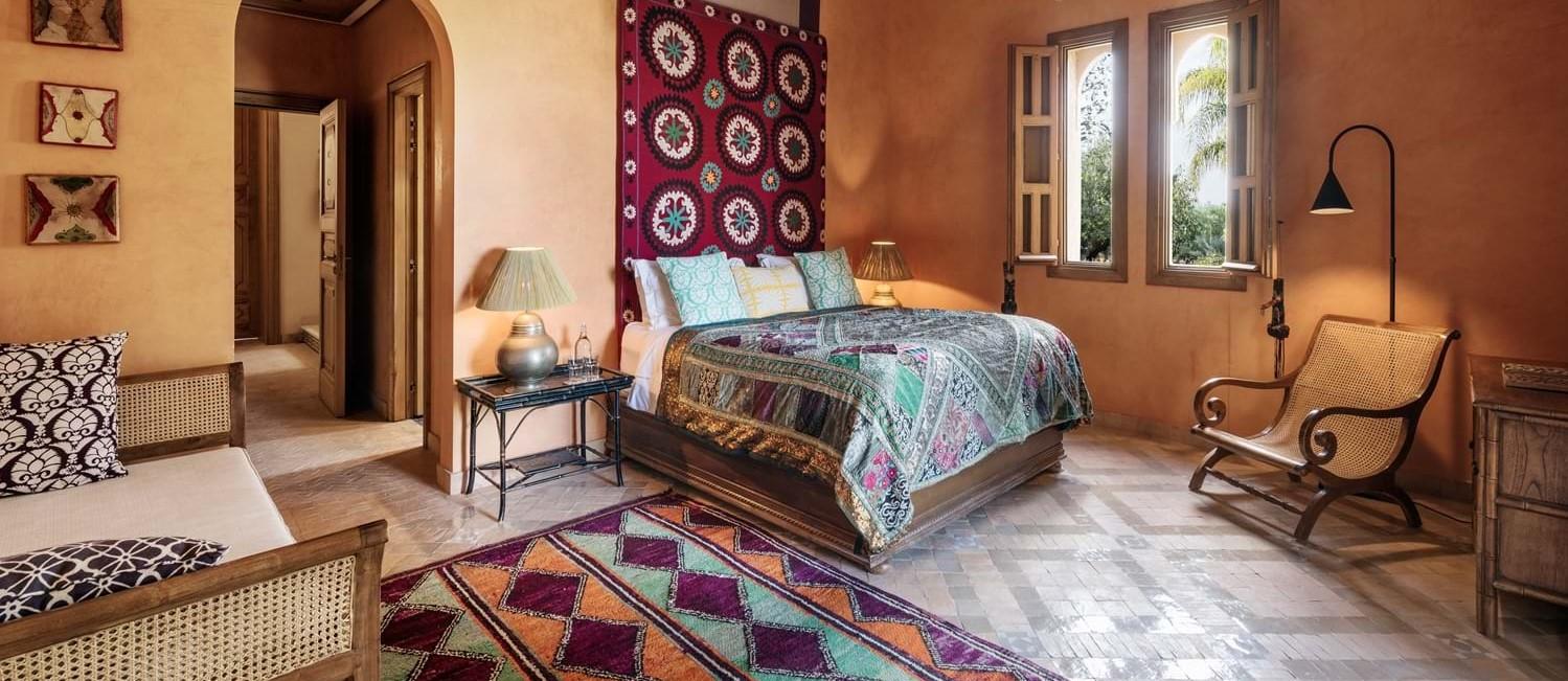 villa-cobalt-blue-double-bedroom-2