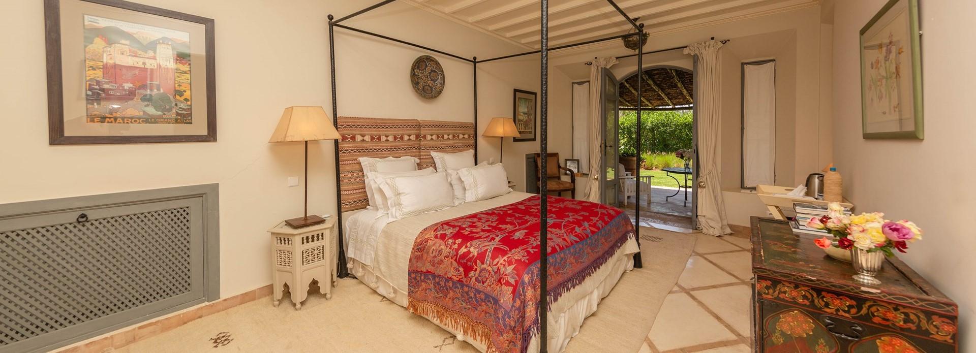 villa-dar-tourtite-double-bedroom-1