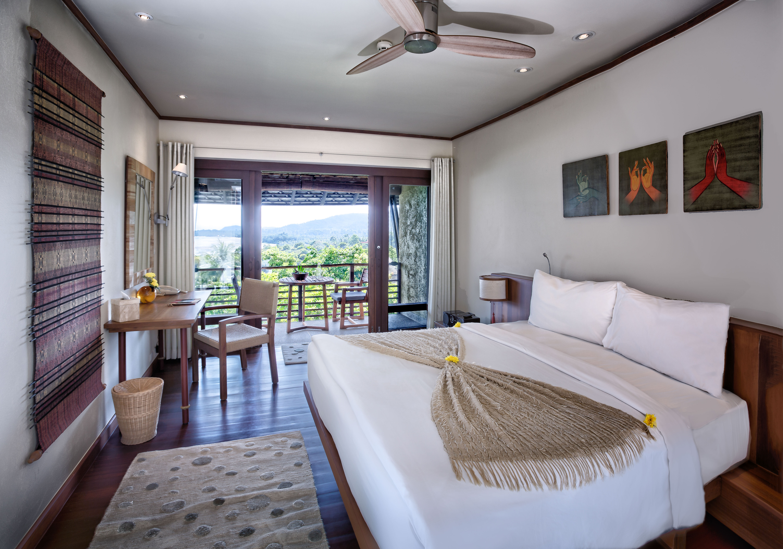 kamalaya-hillside-seaview-room