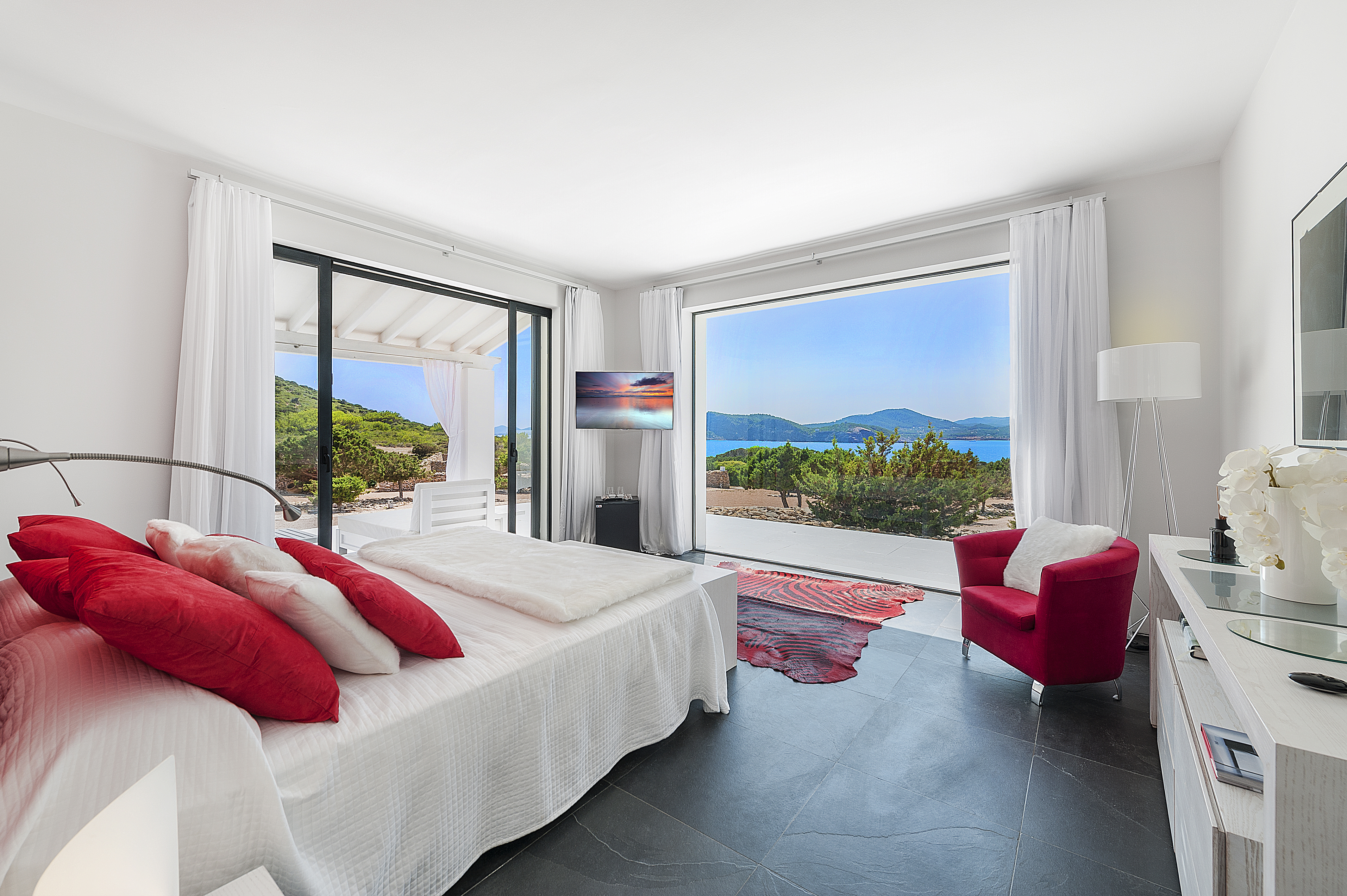 tagomago-luxury-accommodation
