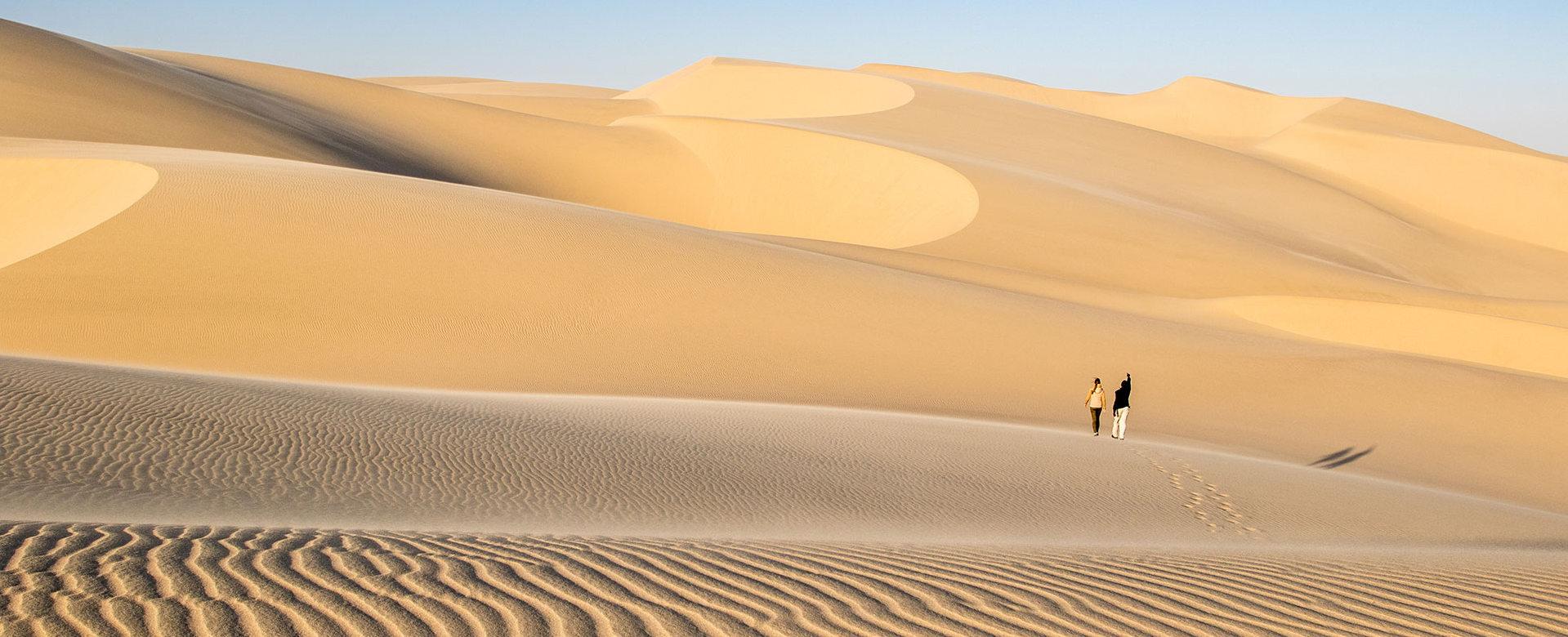 skeleton-coast-namibia-sand-dunes