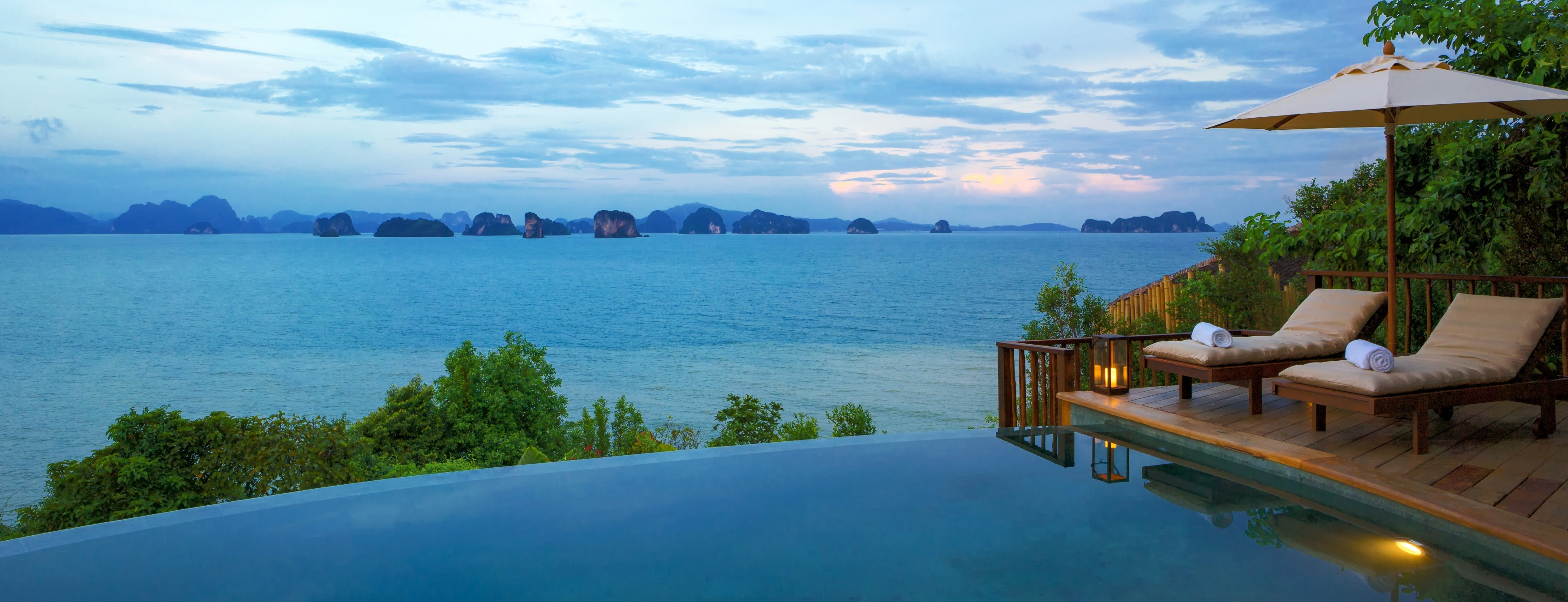 The_View_Pool_Overlooking_Phang_Nga_Bay