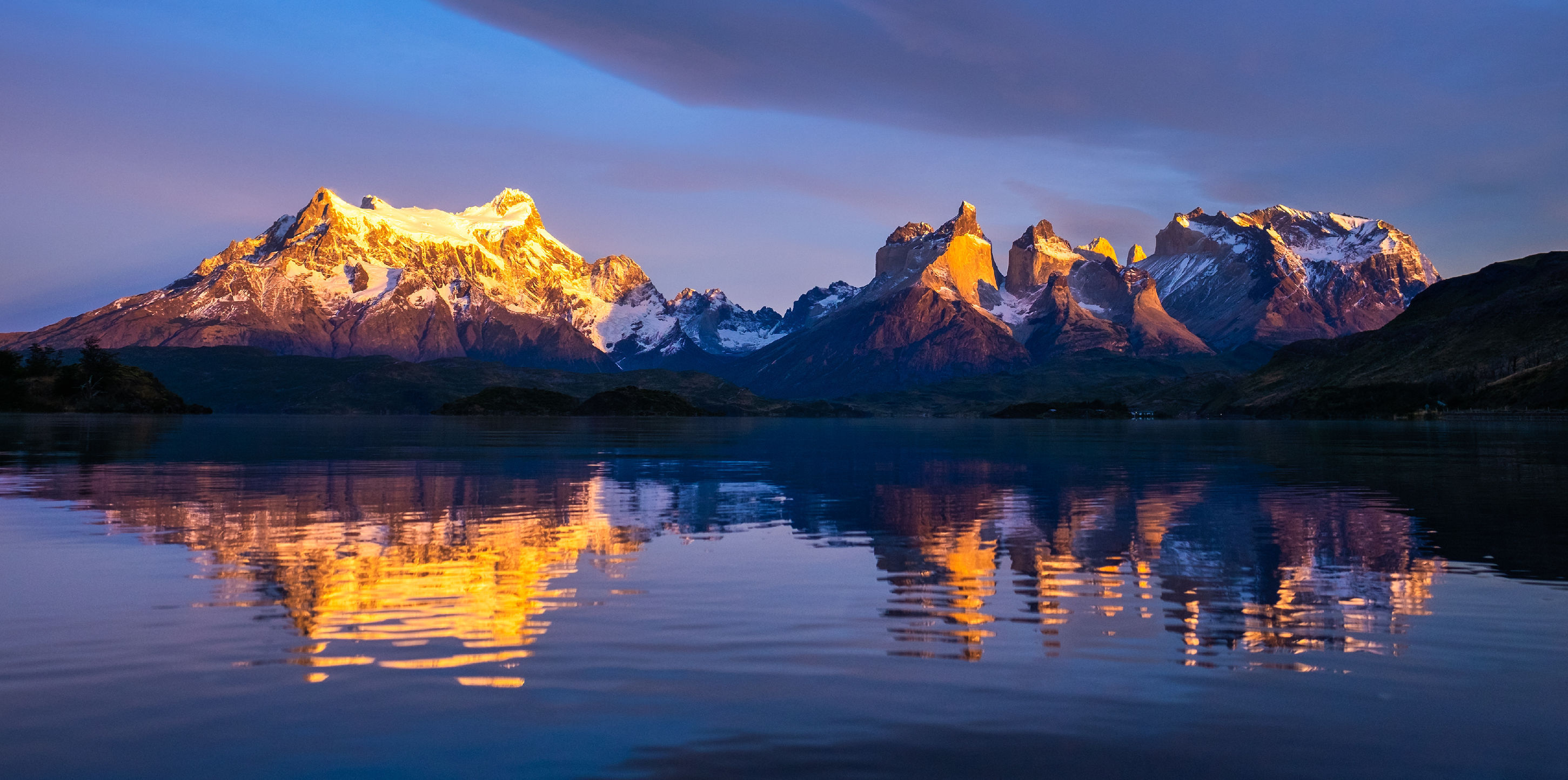 torres-del-paine-mountains
