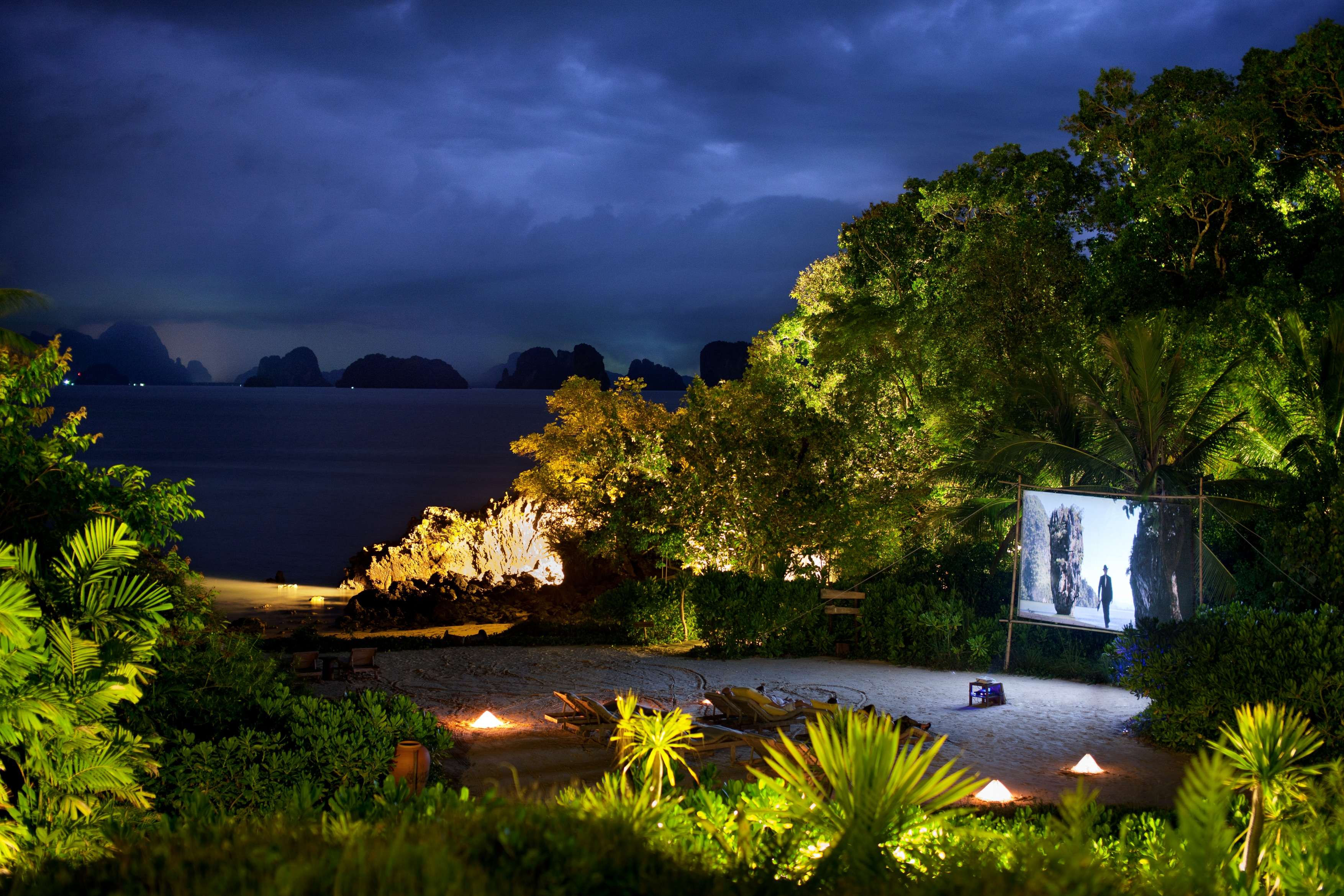 beach-cinema-six-senses-yao-noi