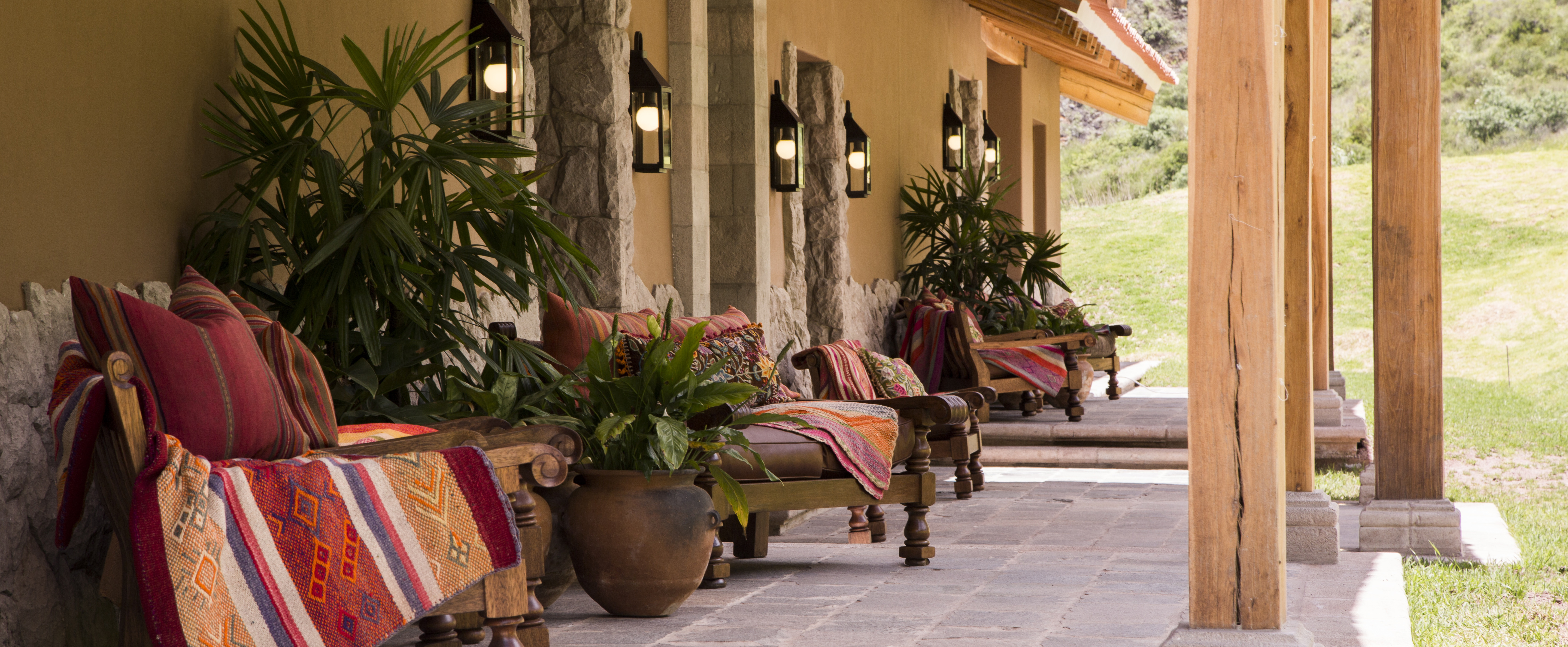 relaxation-terrace-hacienda-urubamba