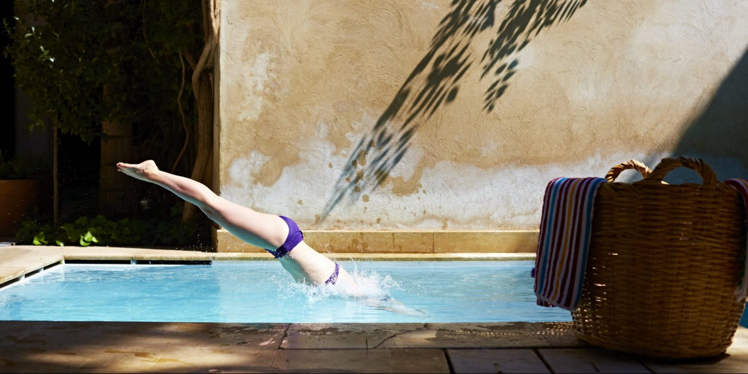diving-into-pool-riad-el-fenn