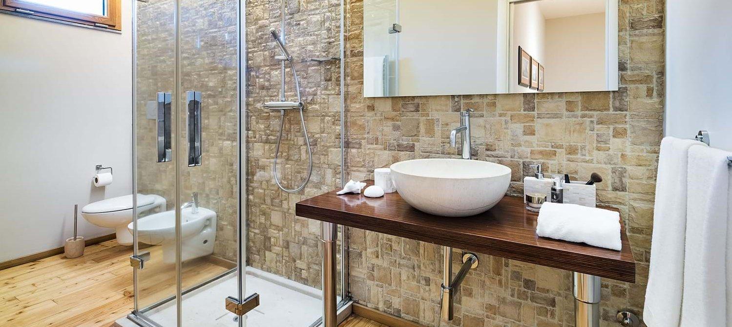 villa-trecastagni-master-shower-room