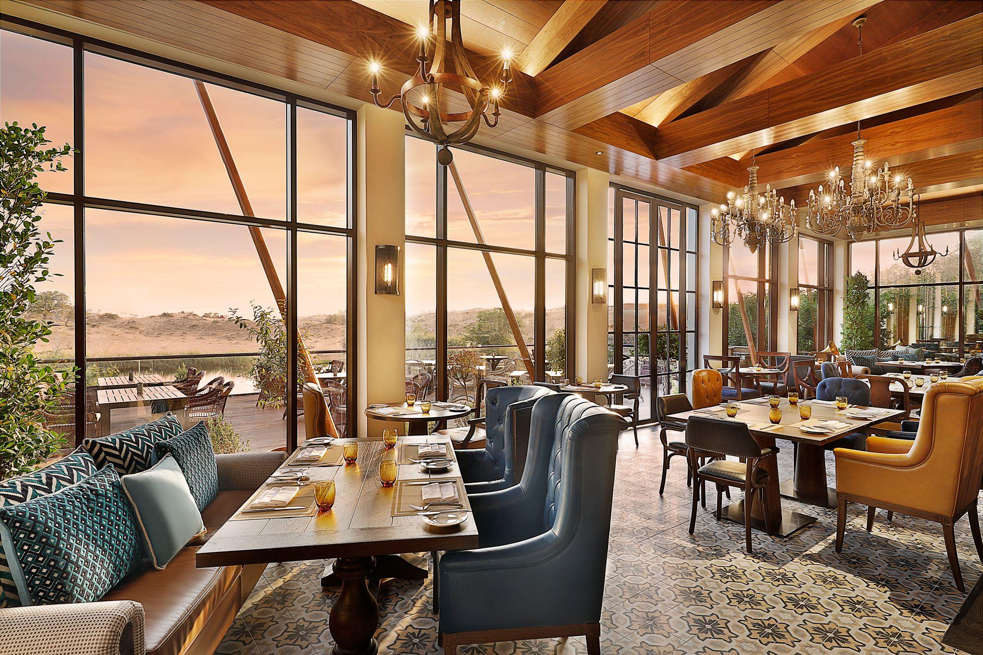 ritz-carlton-al-wadi-lounge