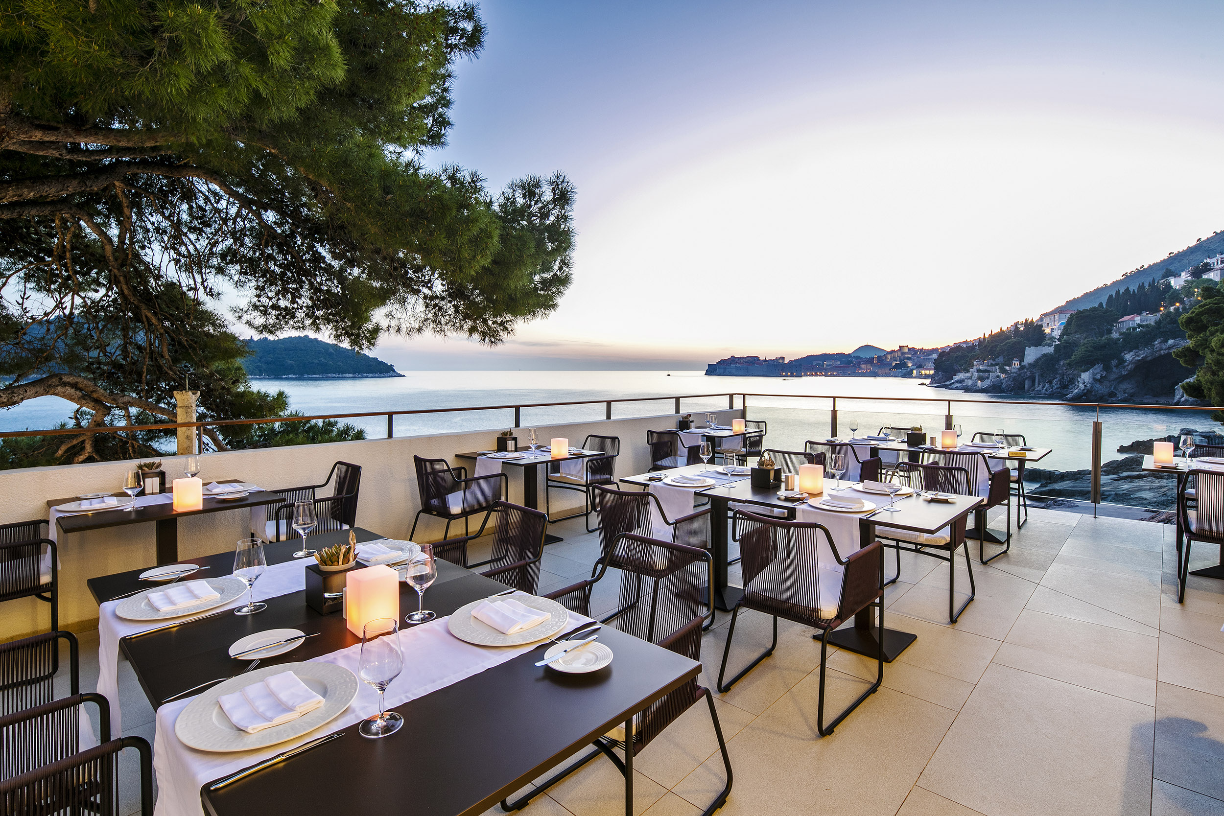 villa-dubrovnik-restaurant-terrace