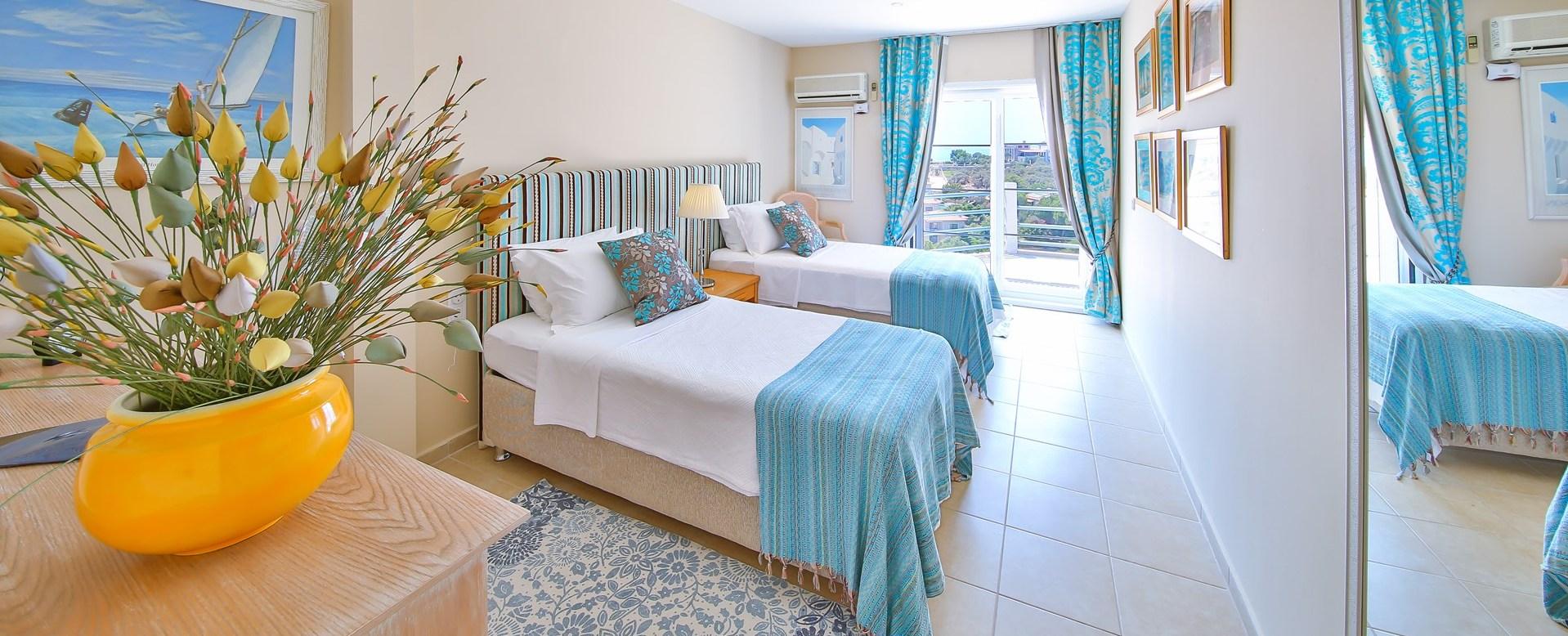 villa-kas-turkey-twin-bedroom